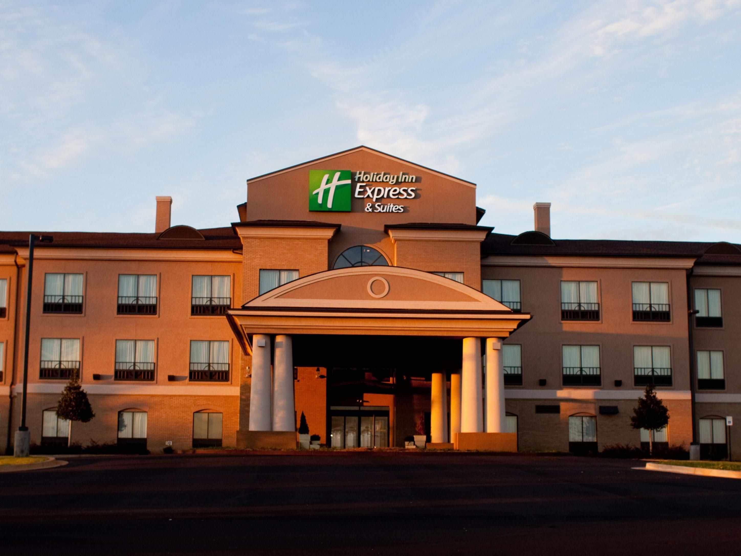 The Holiday Inn Express and Suites Prattville South