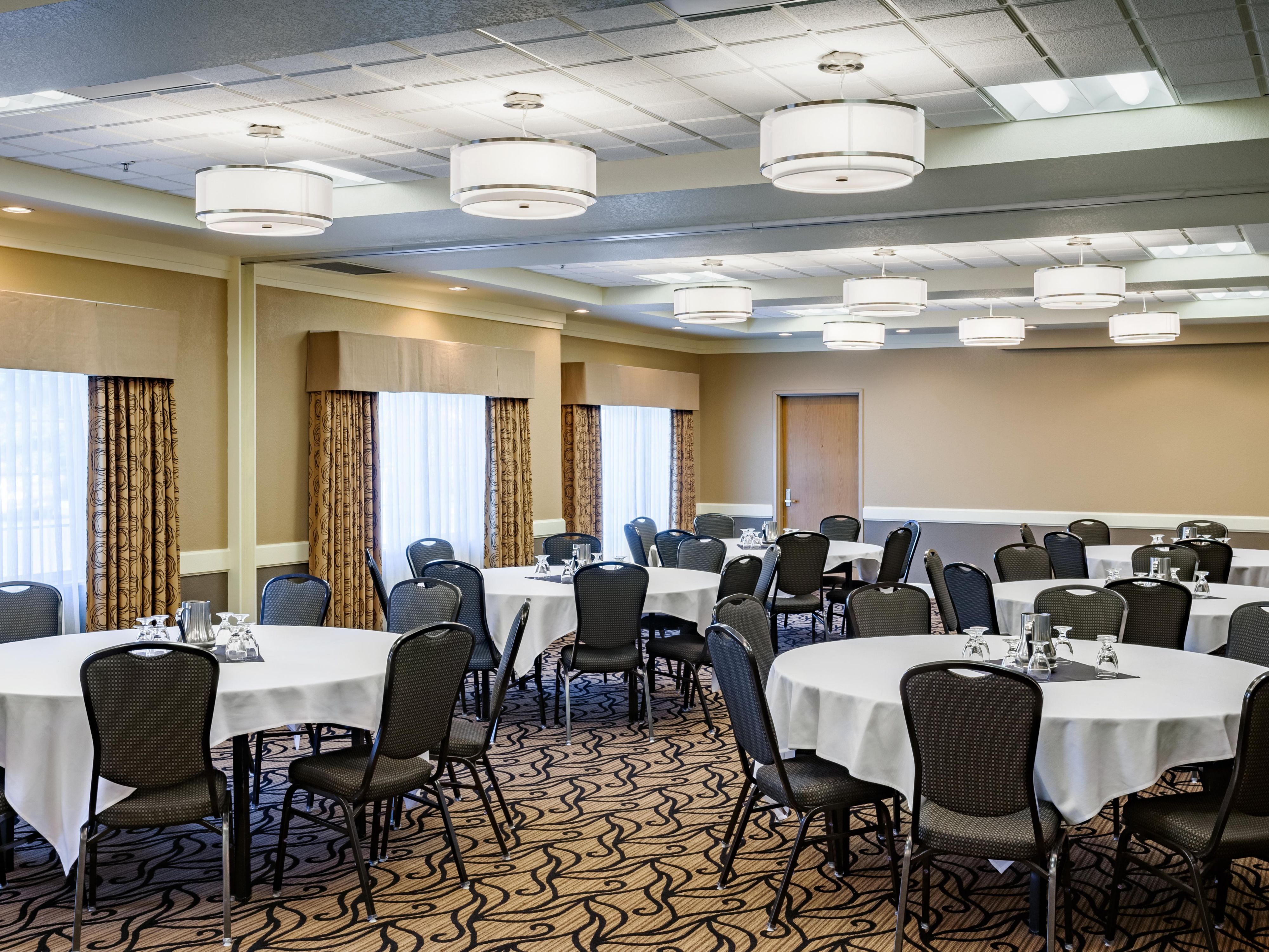 Enjoy a casual luncheon in our Sterling Room