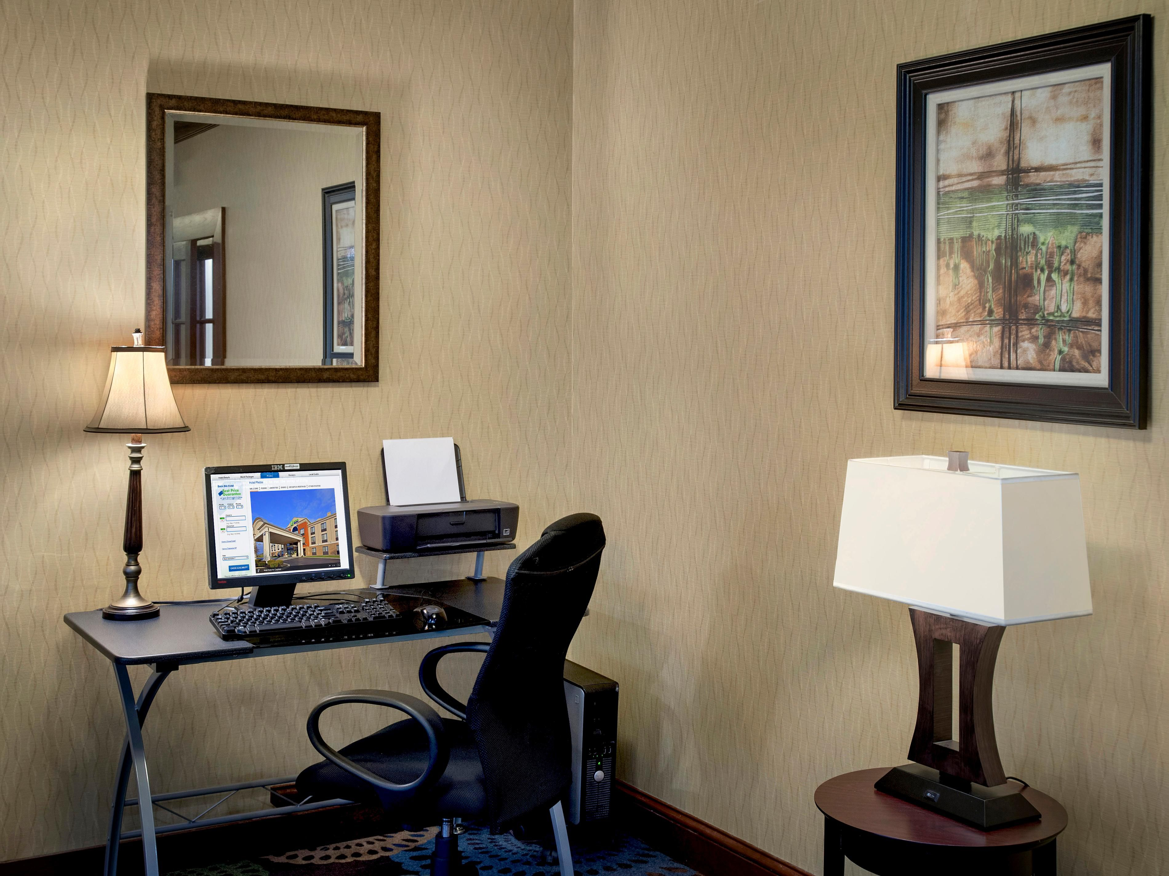 Business Center equipped with complimentary wi-fi and printing.