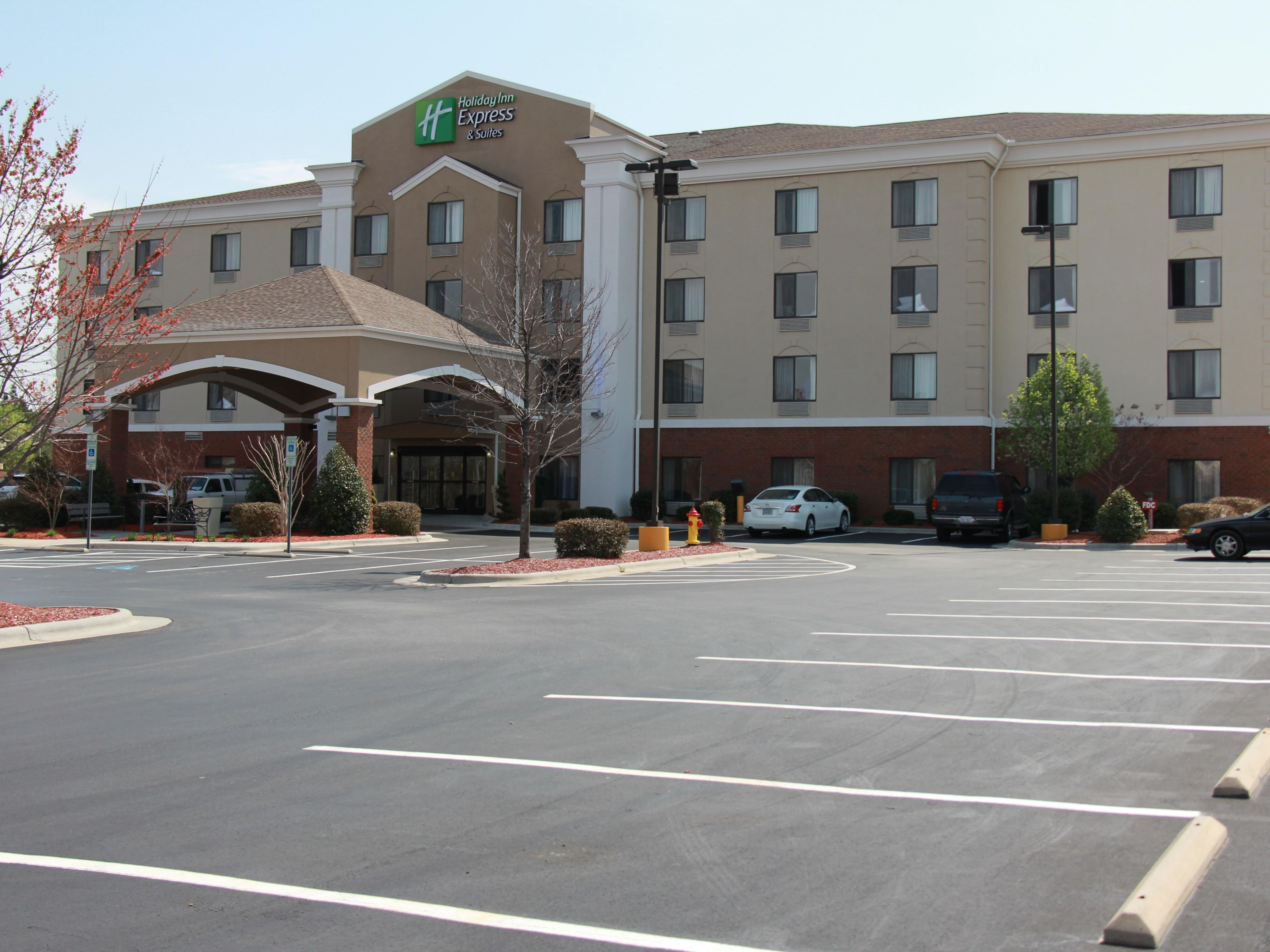 Welcome to the Holiday Inn Express & Suites of Roanoke Rapids, NC!