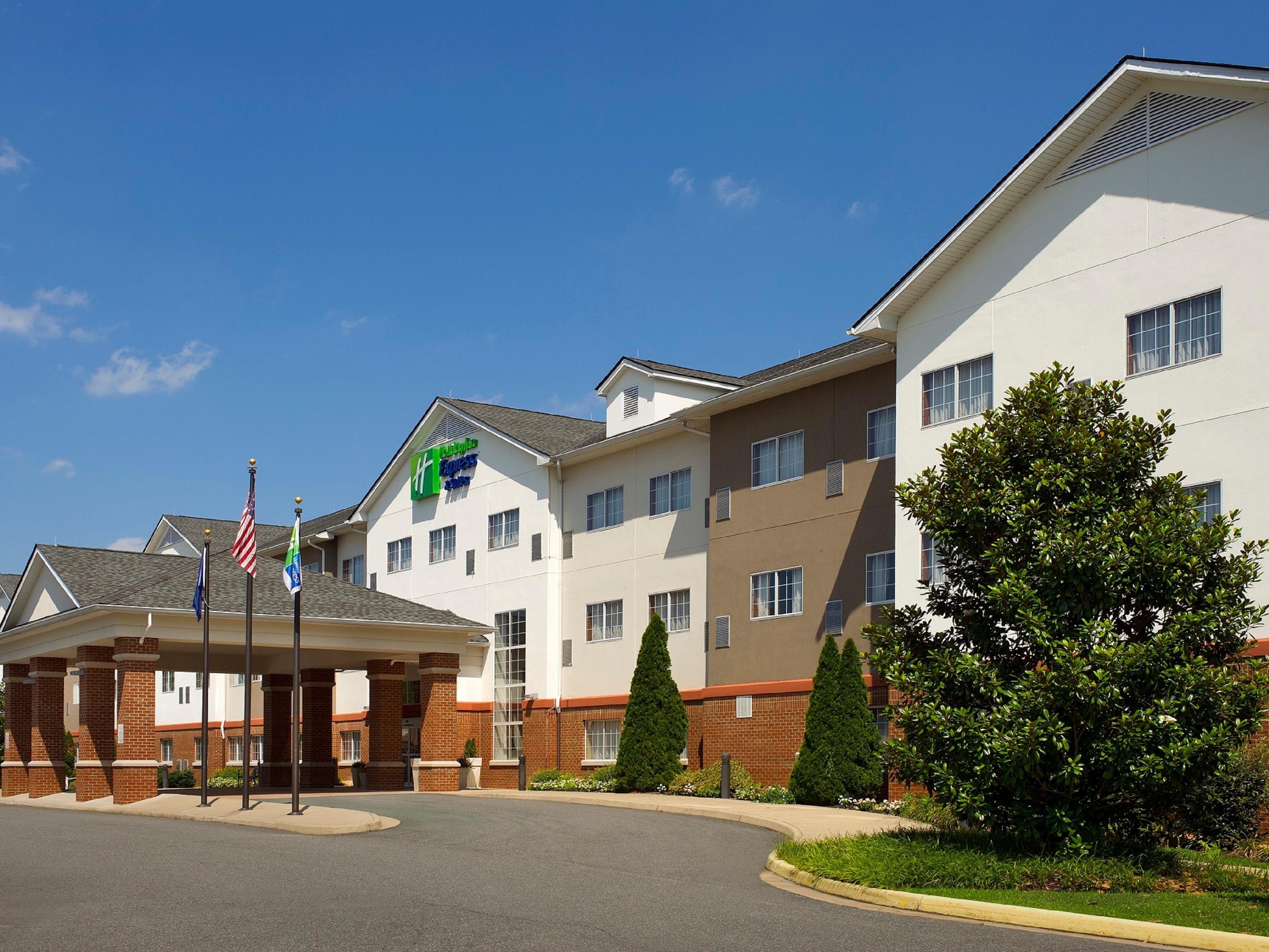 Holiday Inn Express Suites Charlottesville Ruckersville Hotel By Ihg