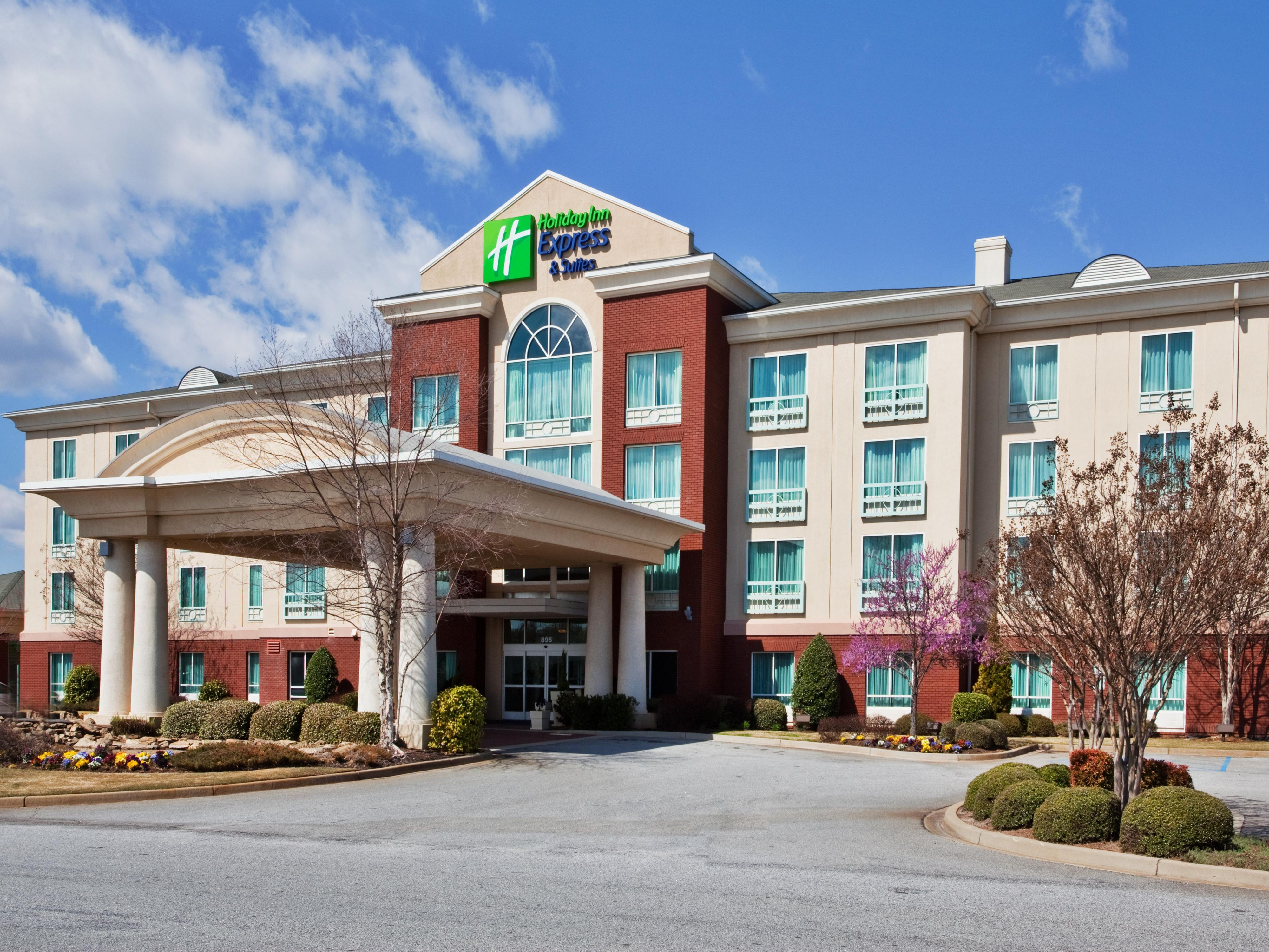Holiday Inn Express Suites I 26 Us 29 At Westgate Mall Hotel By Ihg