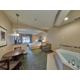 Spacious King Suite with Whirlpool Tub