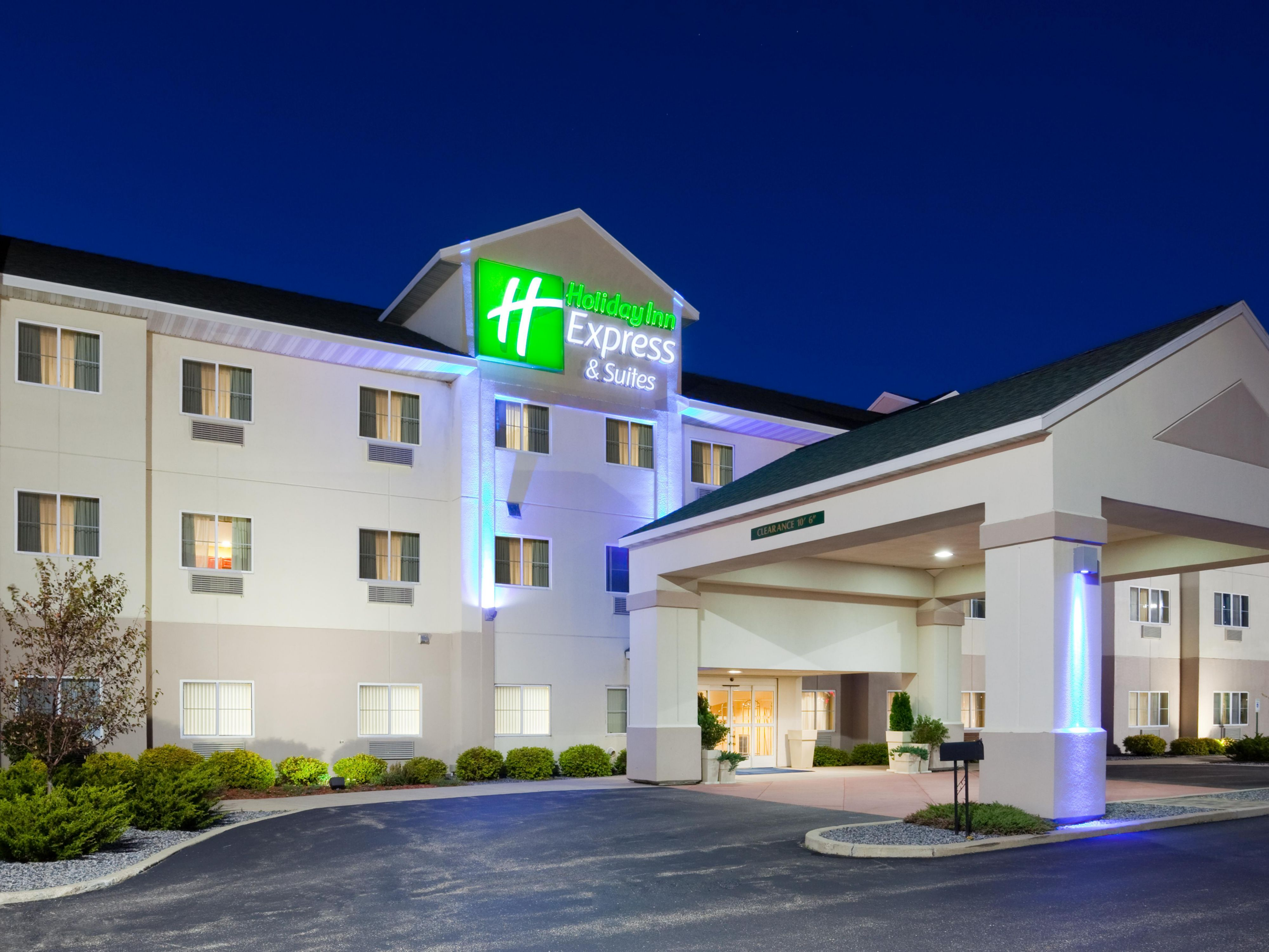Holiday Inn Express Suites Stevens Point Hotel By Ihg