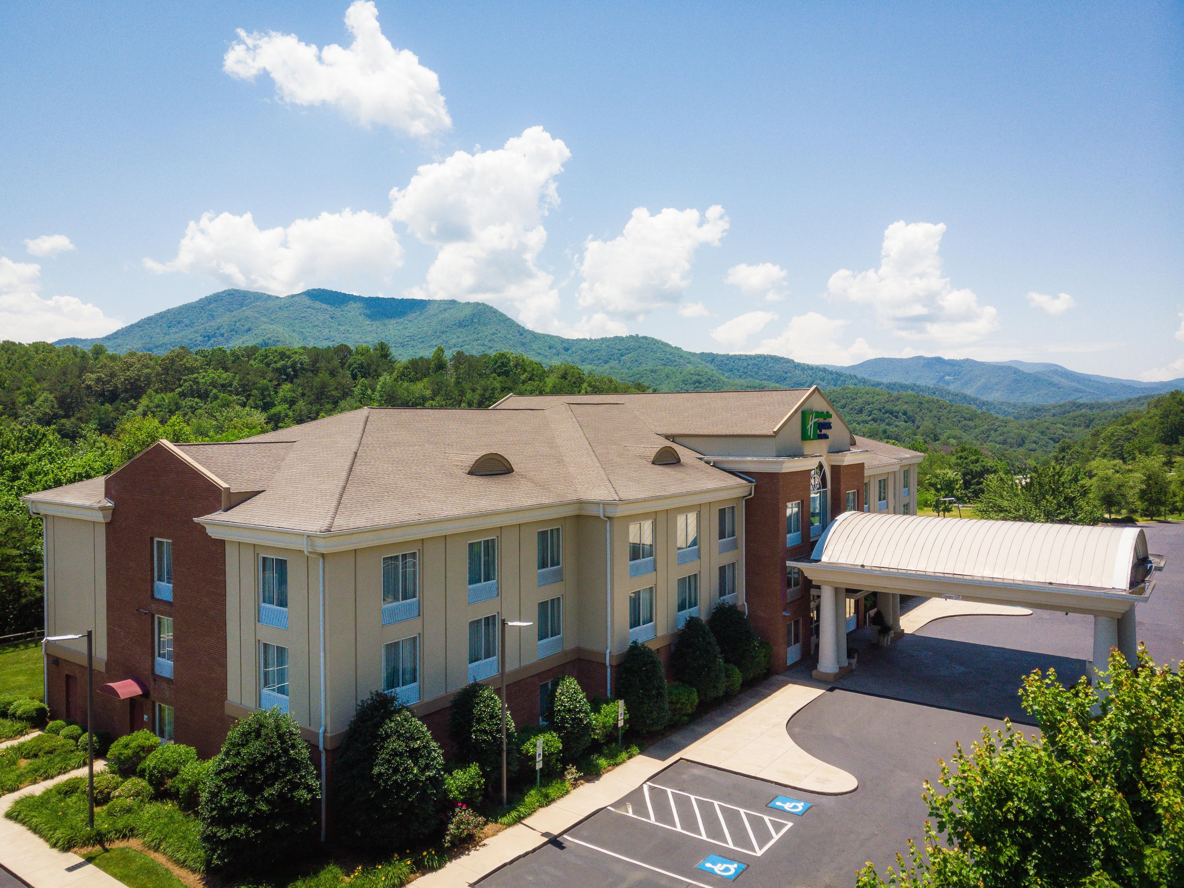 Hotels In Sylva, NC | Holiday Inn Express & Suites Sylva