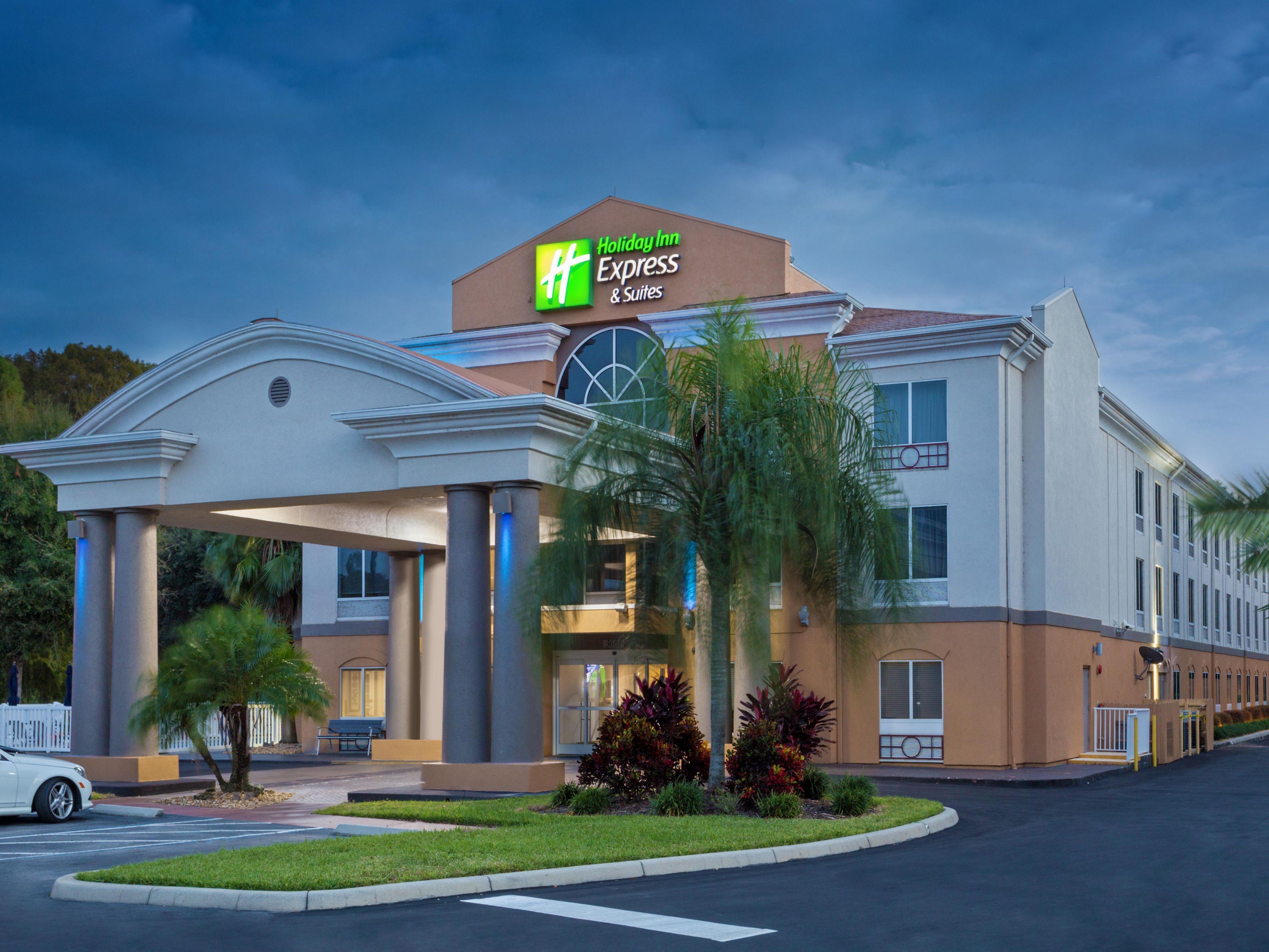 Holiday Inn Express & Suites Tavares - Leesburg Hotel by IHG
