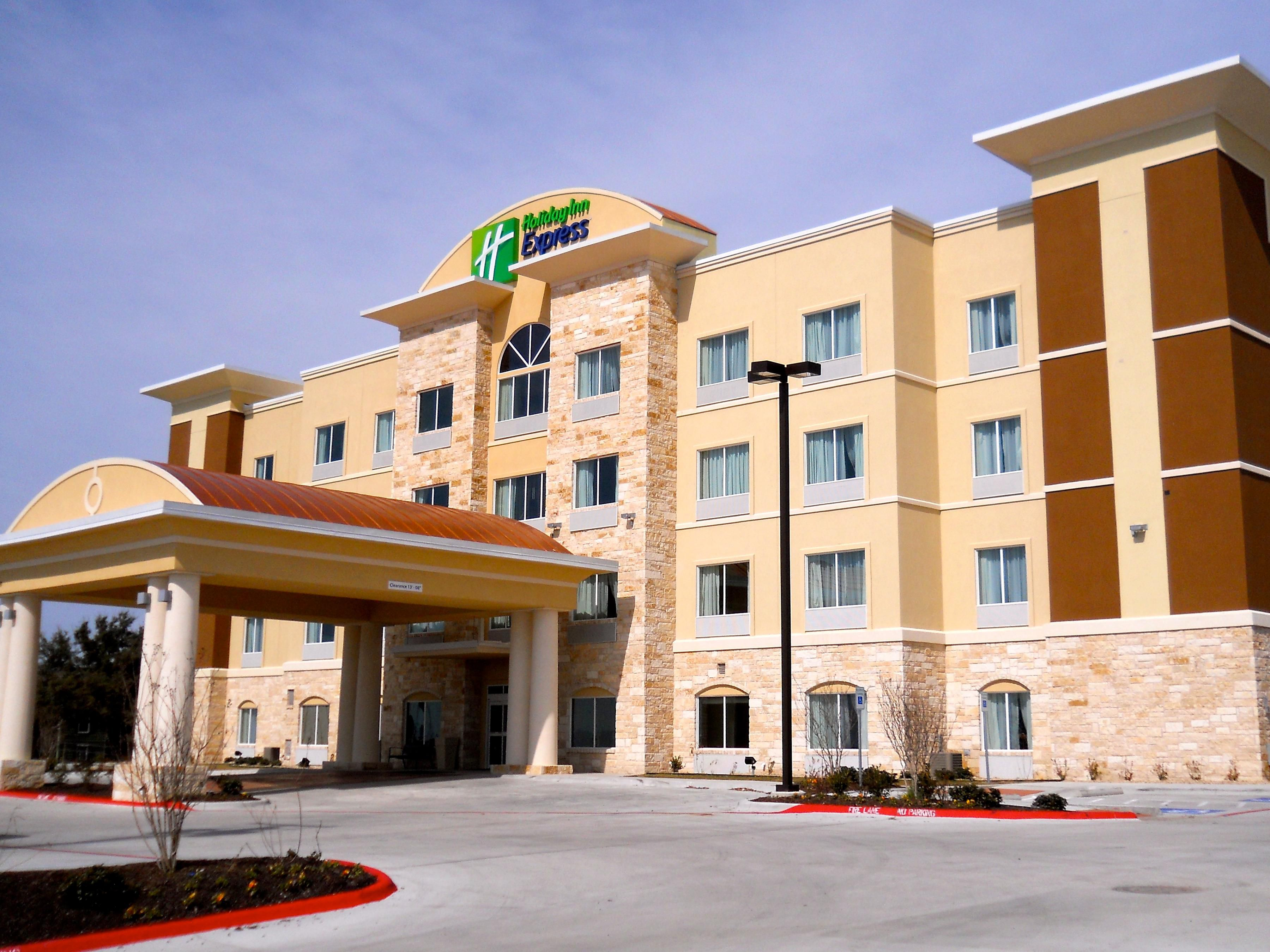 Holiday Inn Express & Suites Temple - Medical Center Area
