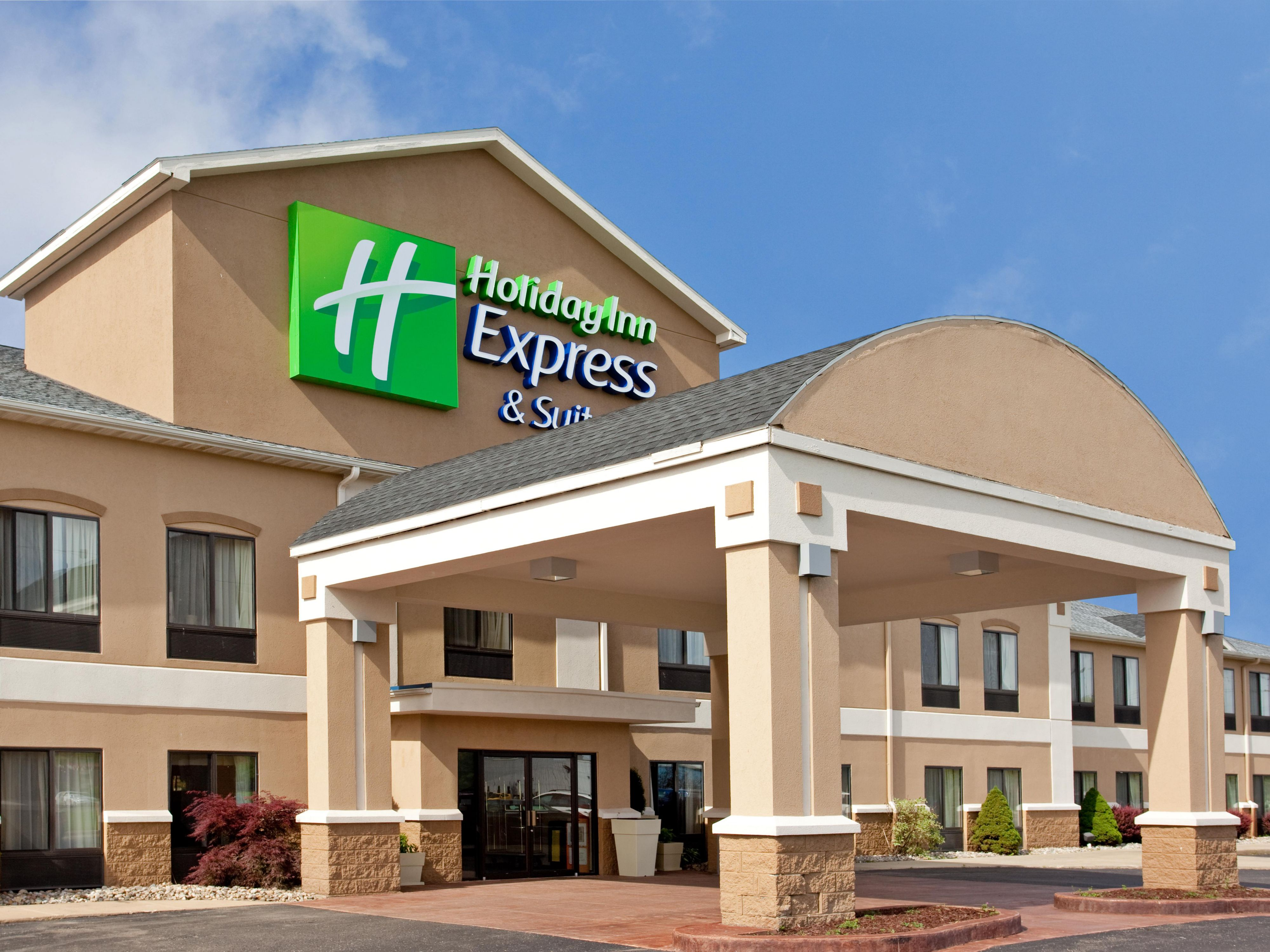 Holiday Inn Express Suites Three Rivers