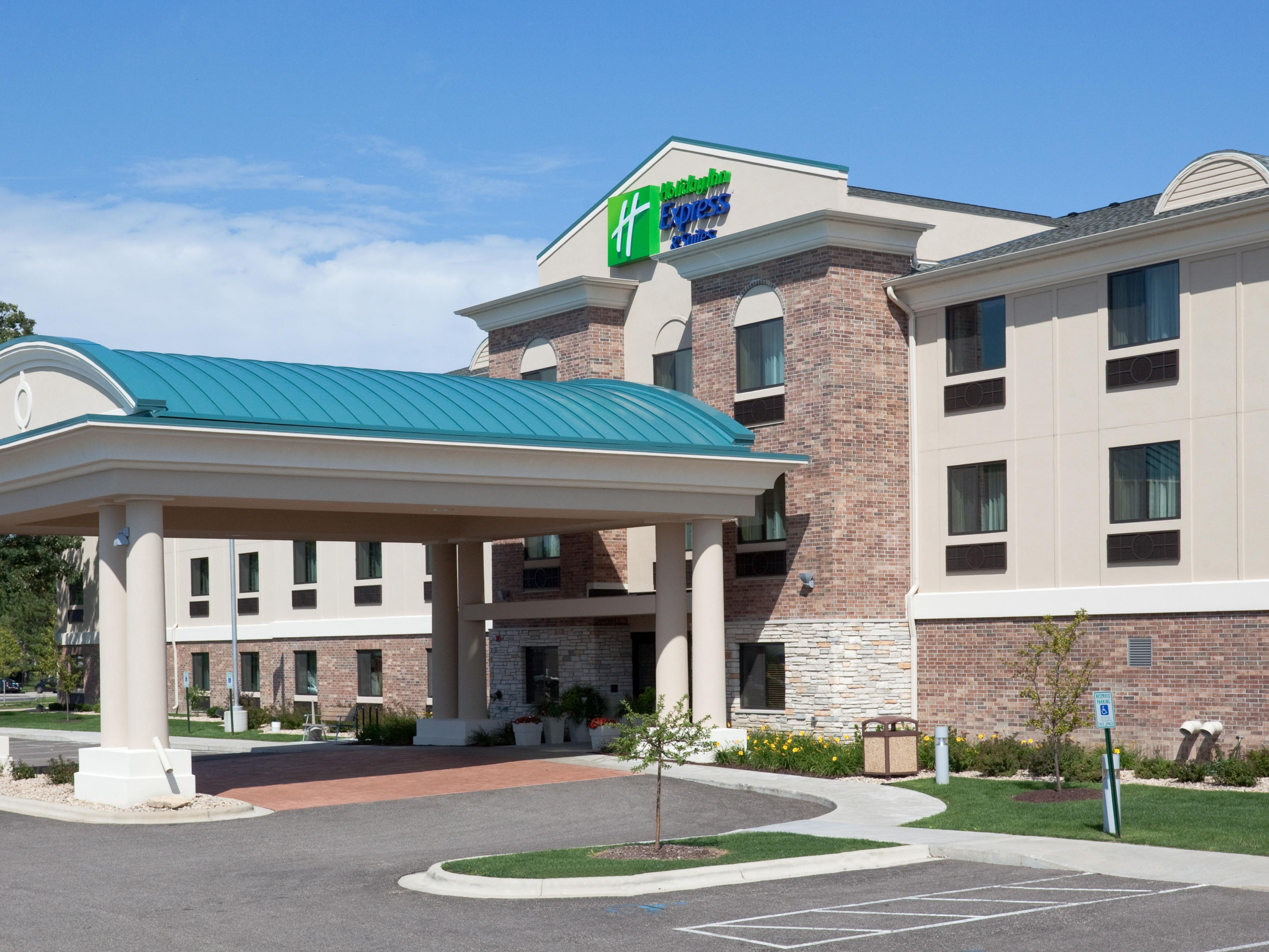 Welcome to the Holiday Inn Express Madison-Verona!