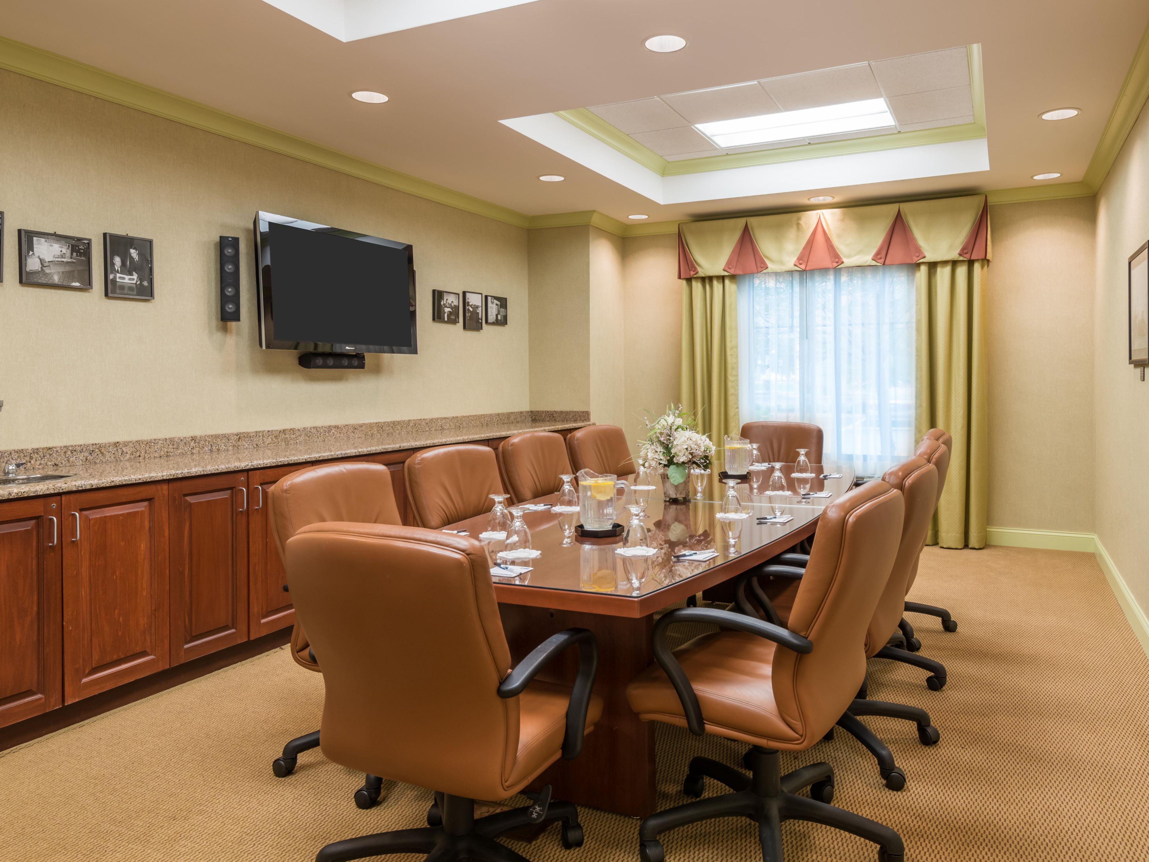 Host small meetings in the boardroom