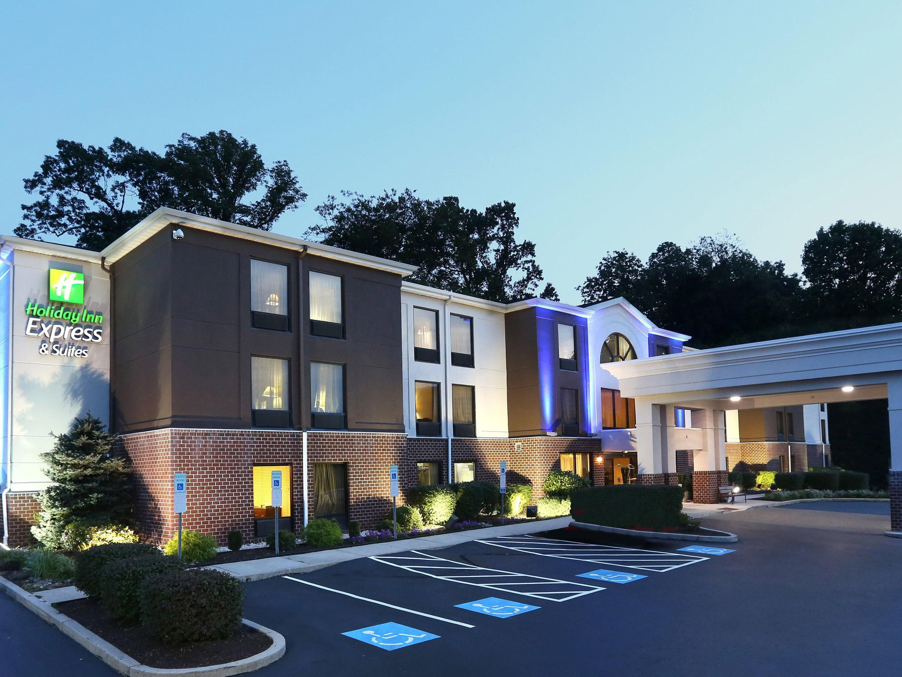 Holiday Inn Express Suites West Chester Hotel By Ihg