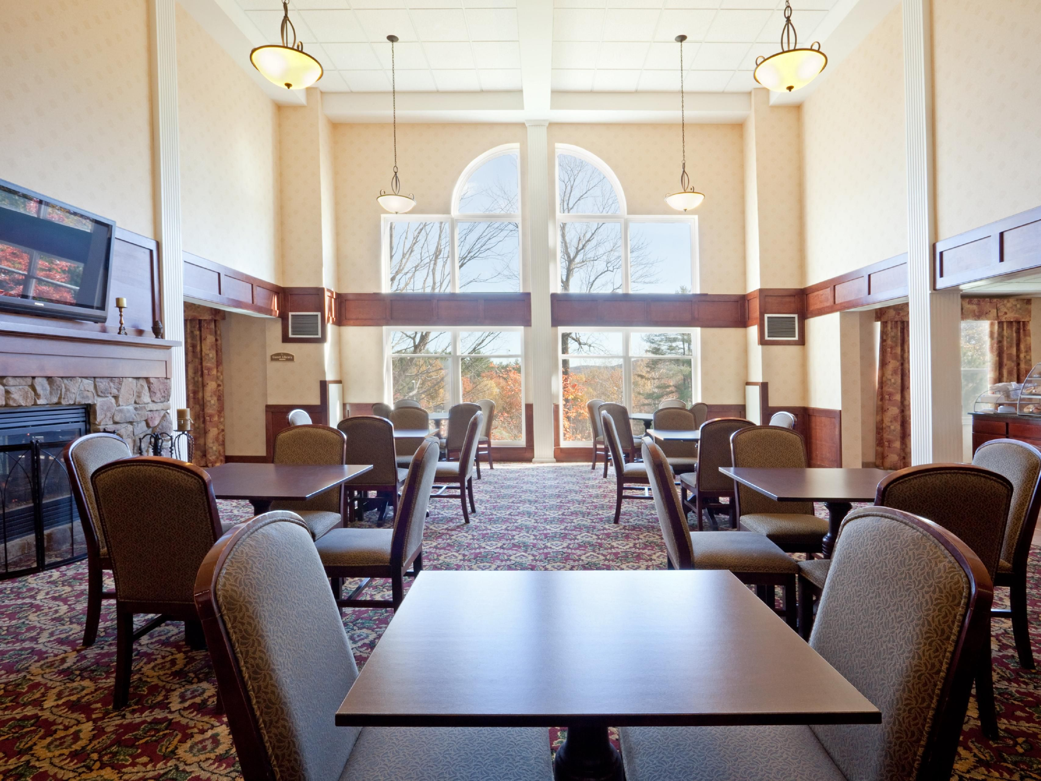 Holiday Inn Express Amp Suites Hotels White River Junction