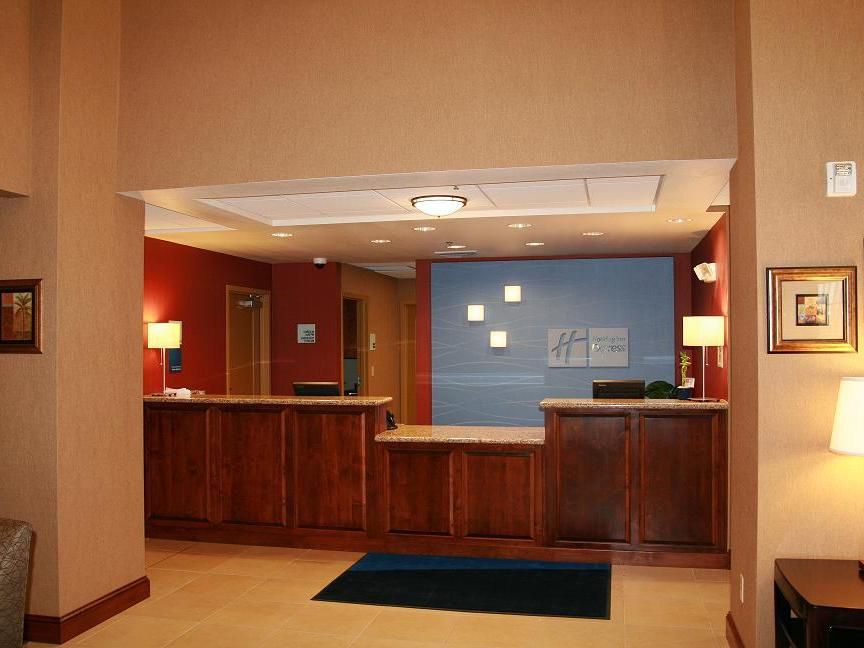 Hotel Lobby/Front Desk