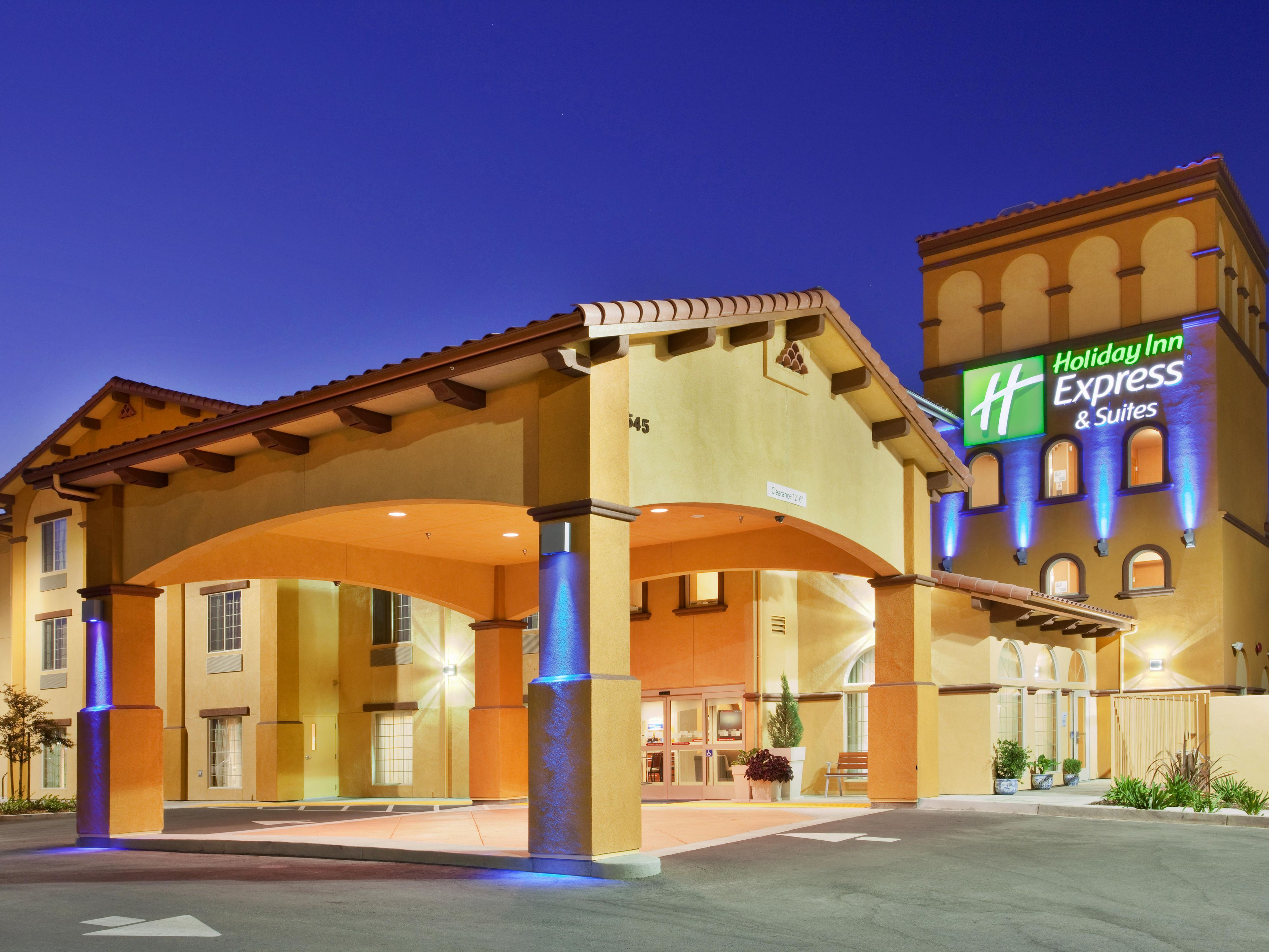 Holiday Inn Express Suites Willows Hotel By IHG
