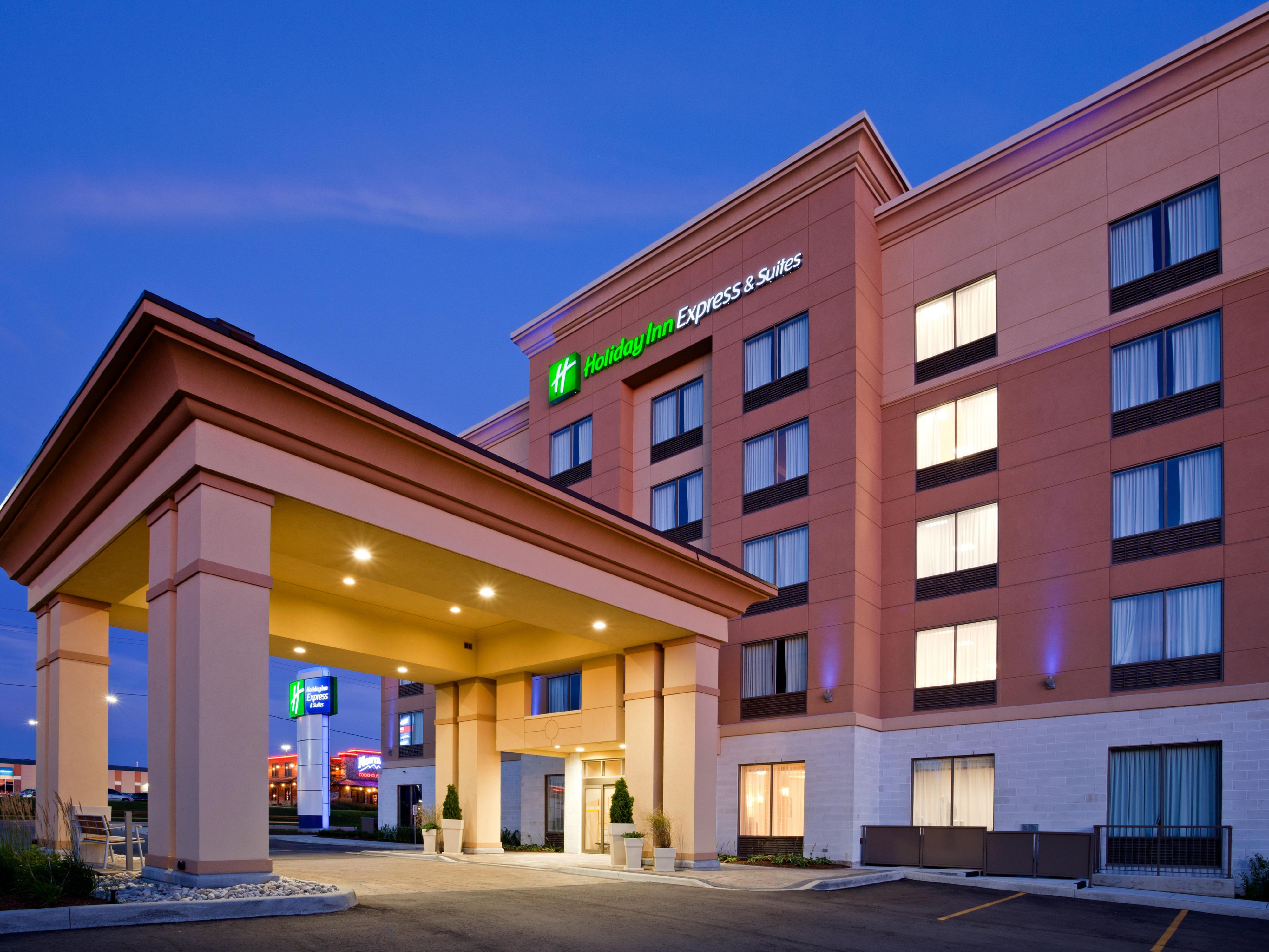 Holiday inn express suites woodstock south hotel by ihg reheart Images