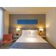 Queen Bed Guest Room - Holiday Inn Express Bangkok Sathorn