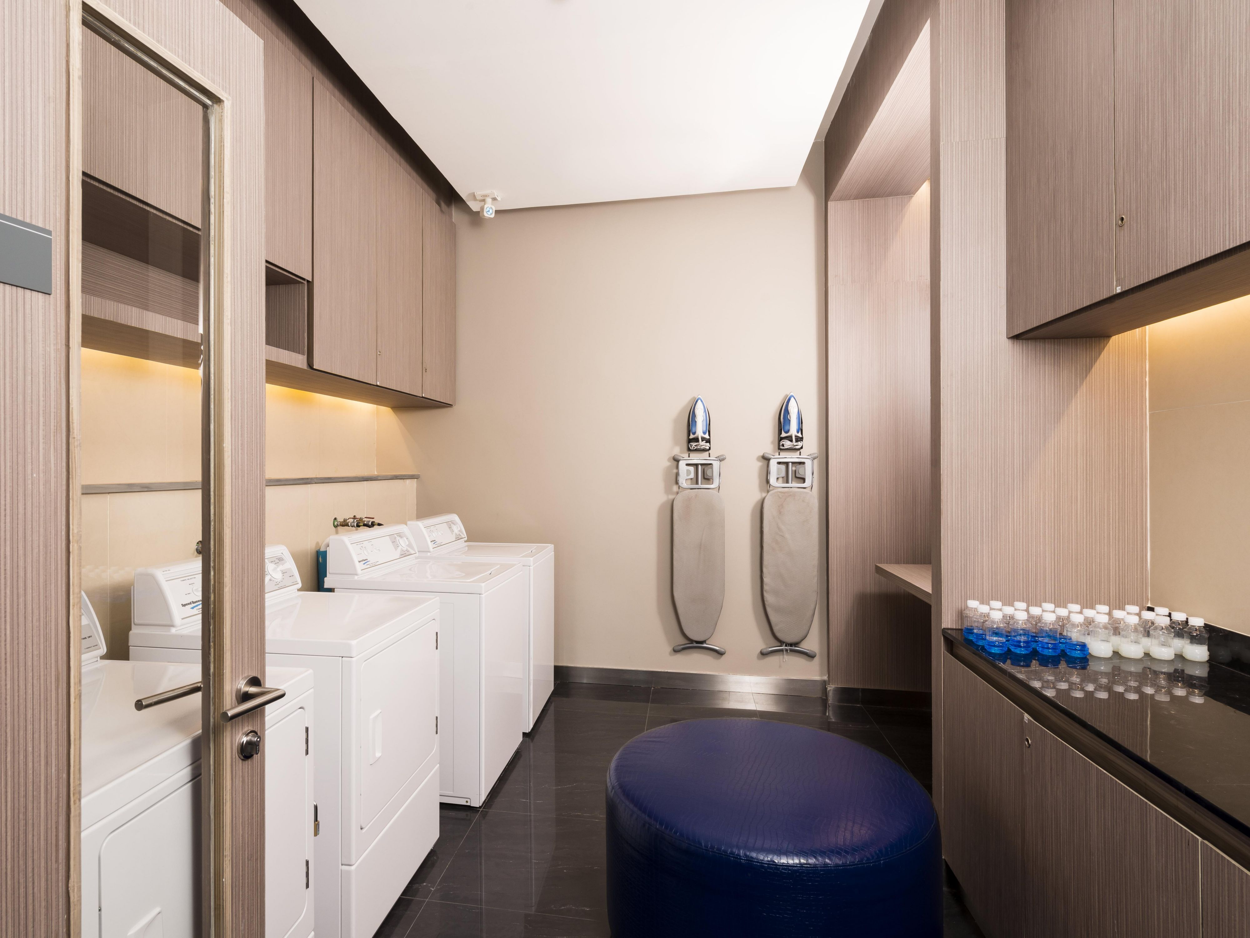 D.I.Y. Laundry Room - Holiday Inn Express Bangkok Siam
