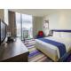 1 Queen Bed Standard Room at Holiday Inn Express Bangkok Siam