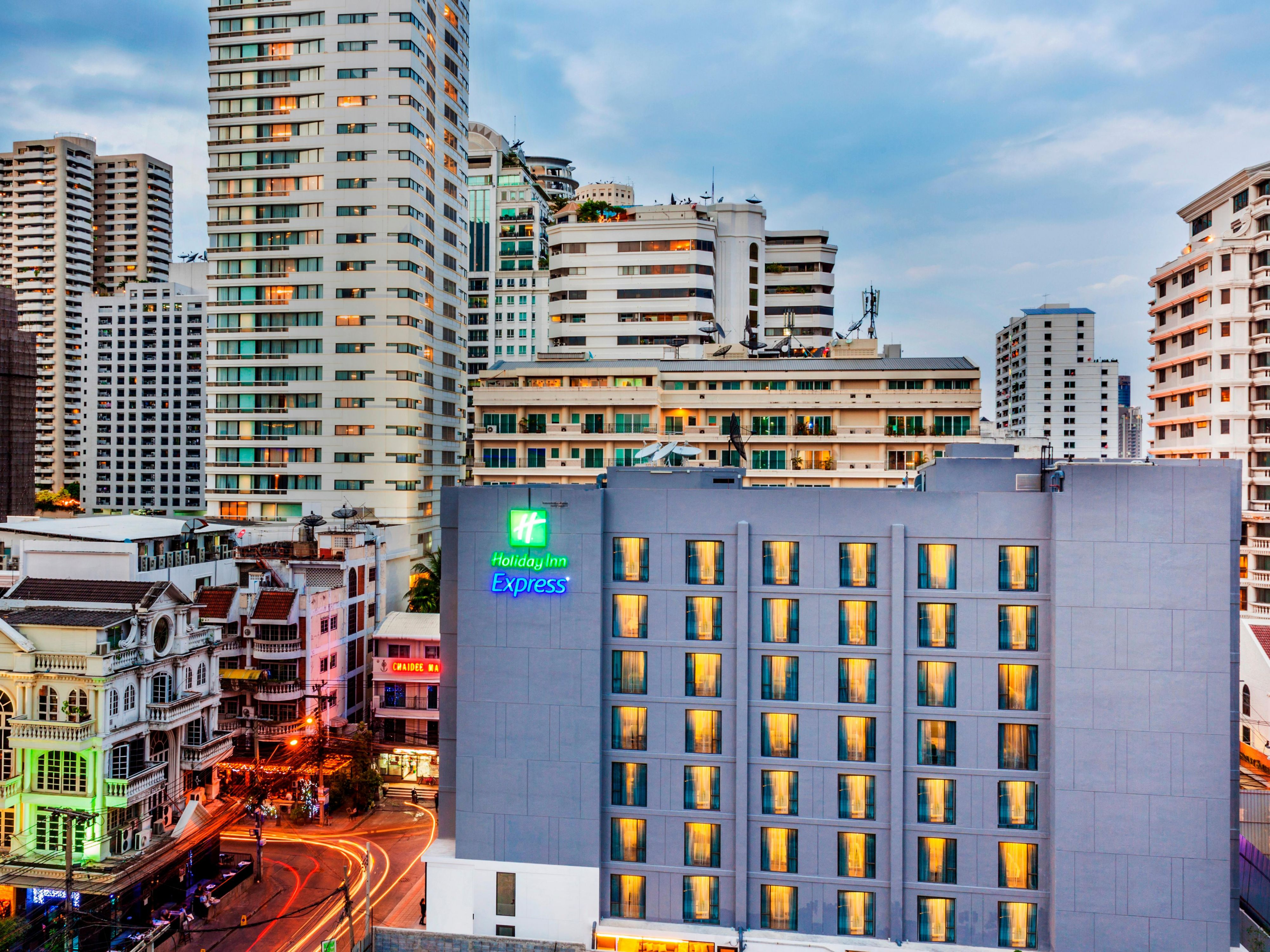 Great location hotel in the vibrant area of Bangkok Sukhumvit Soi