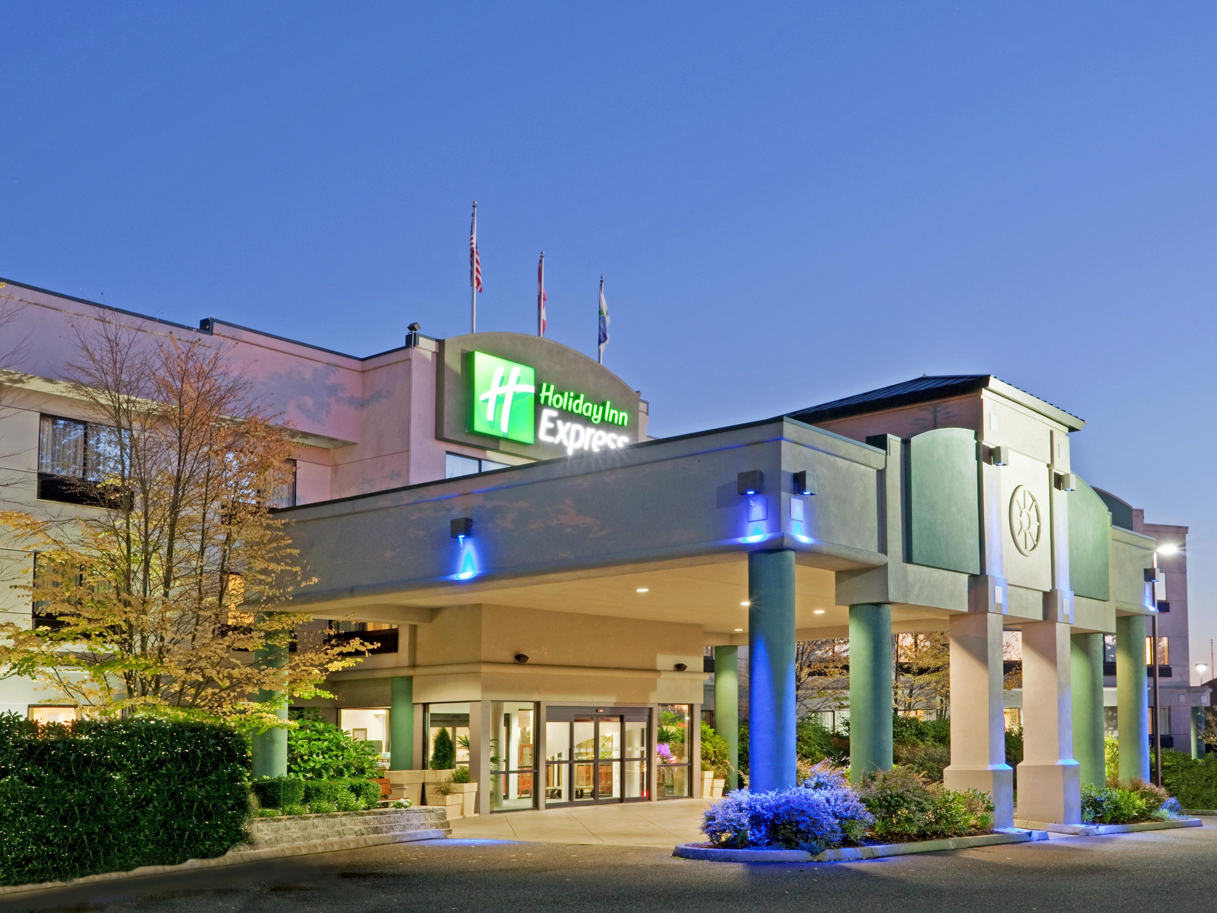 Image Result For Holiday Inn Express Bellingham Hotel In Bellingham By Ihg