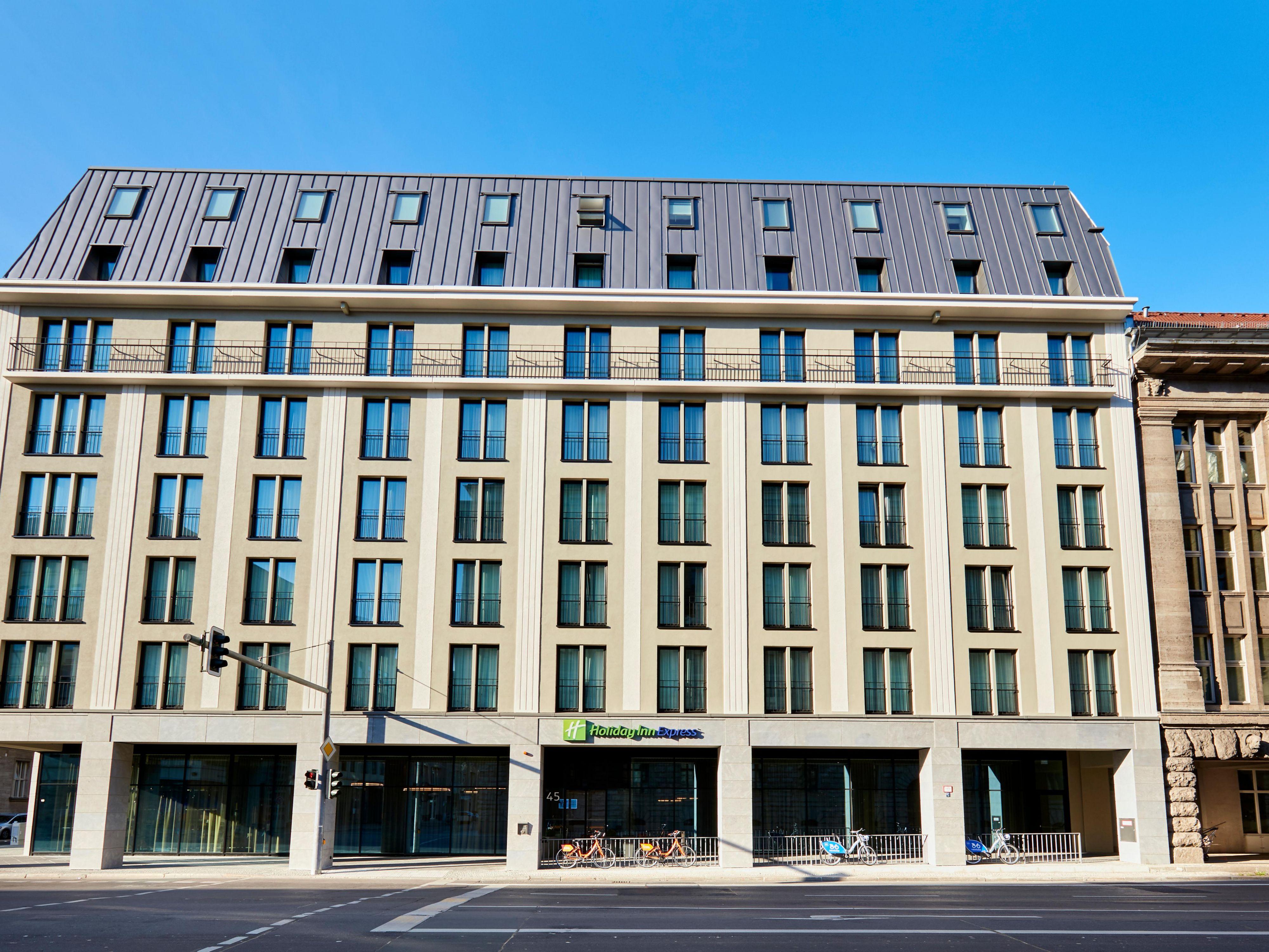 Hotels Am Alexanderplatz Berlin Holiday Inn Express Berlin