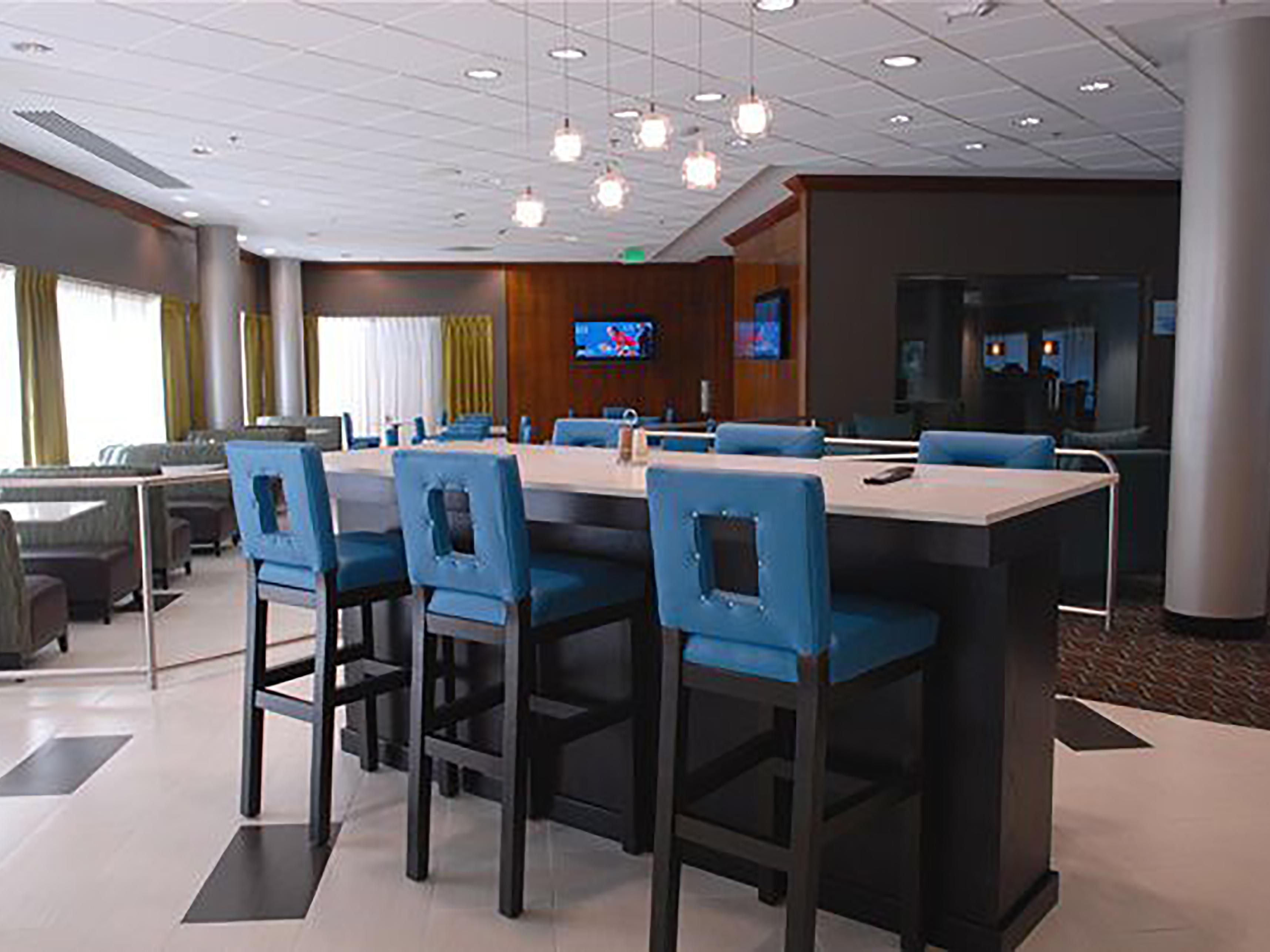 Holiday Inn Express Boise University Guest Dining Lounge