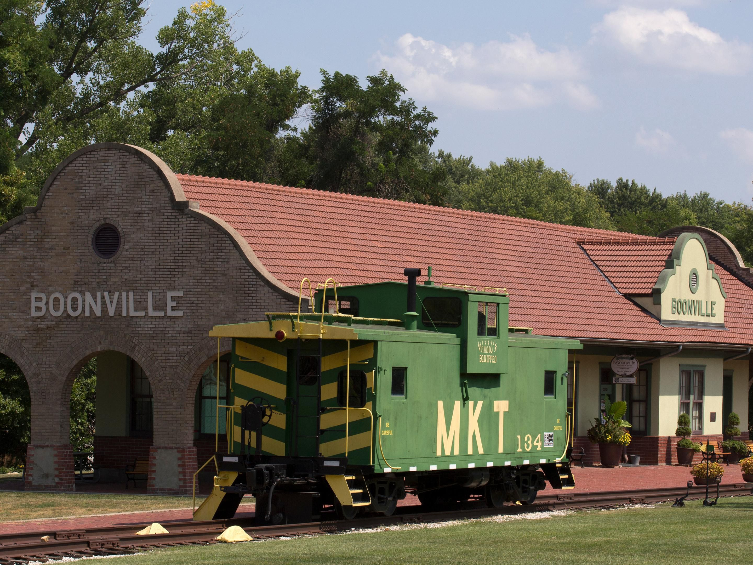 Area Attraction:MO Katy Trail Depot/Chamber Of Commerce