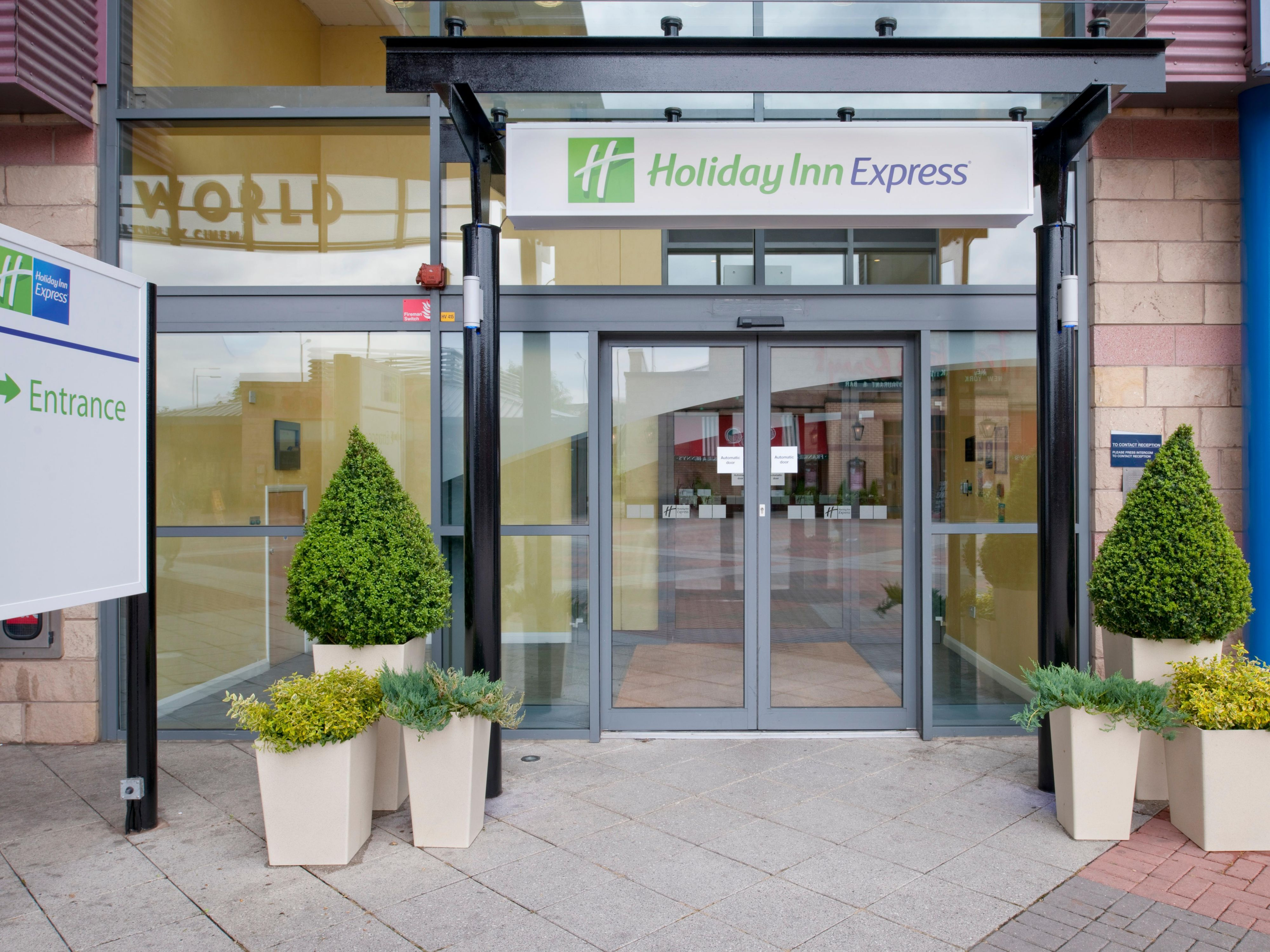 Welcome to Holiday Inn Express Bradford