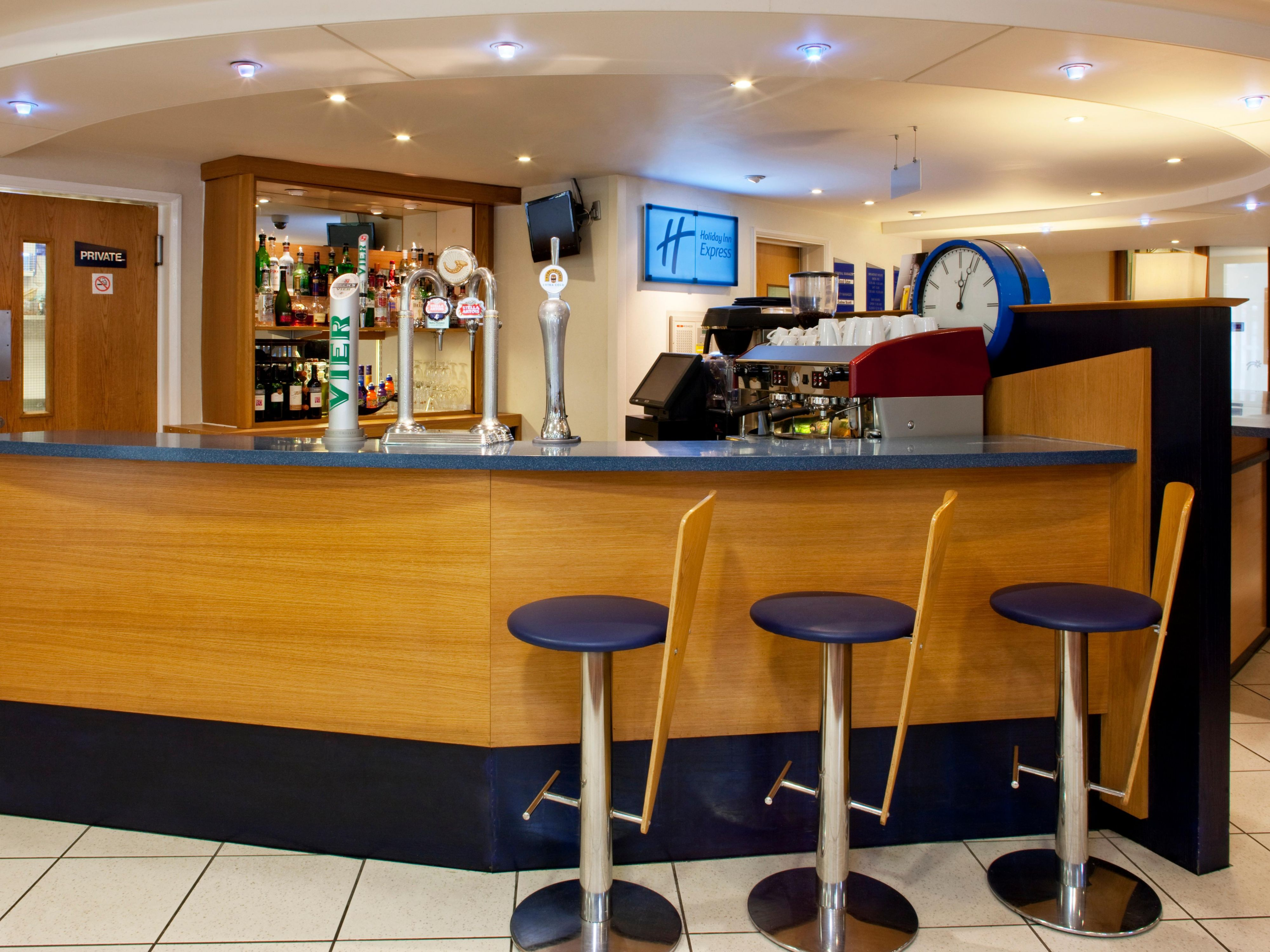 Lobby Bar serving a range of drinks and Torelli coffee