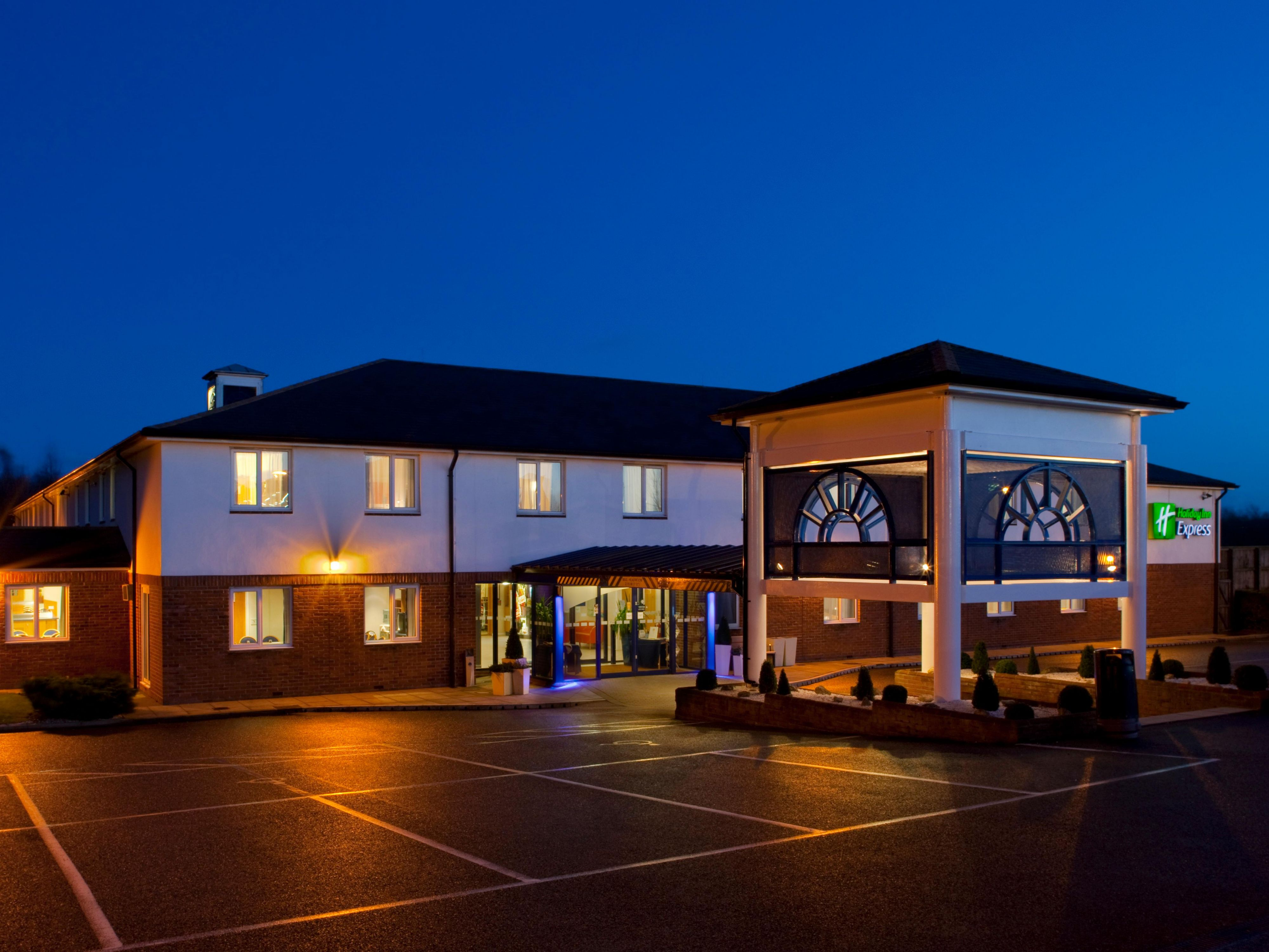 Holiday Inn Express Canterbury offers comfort at a low price