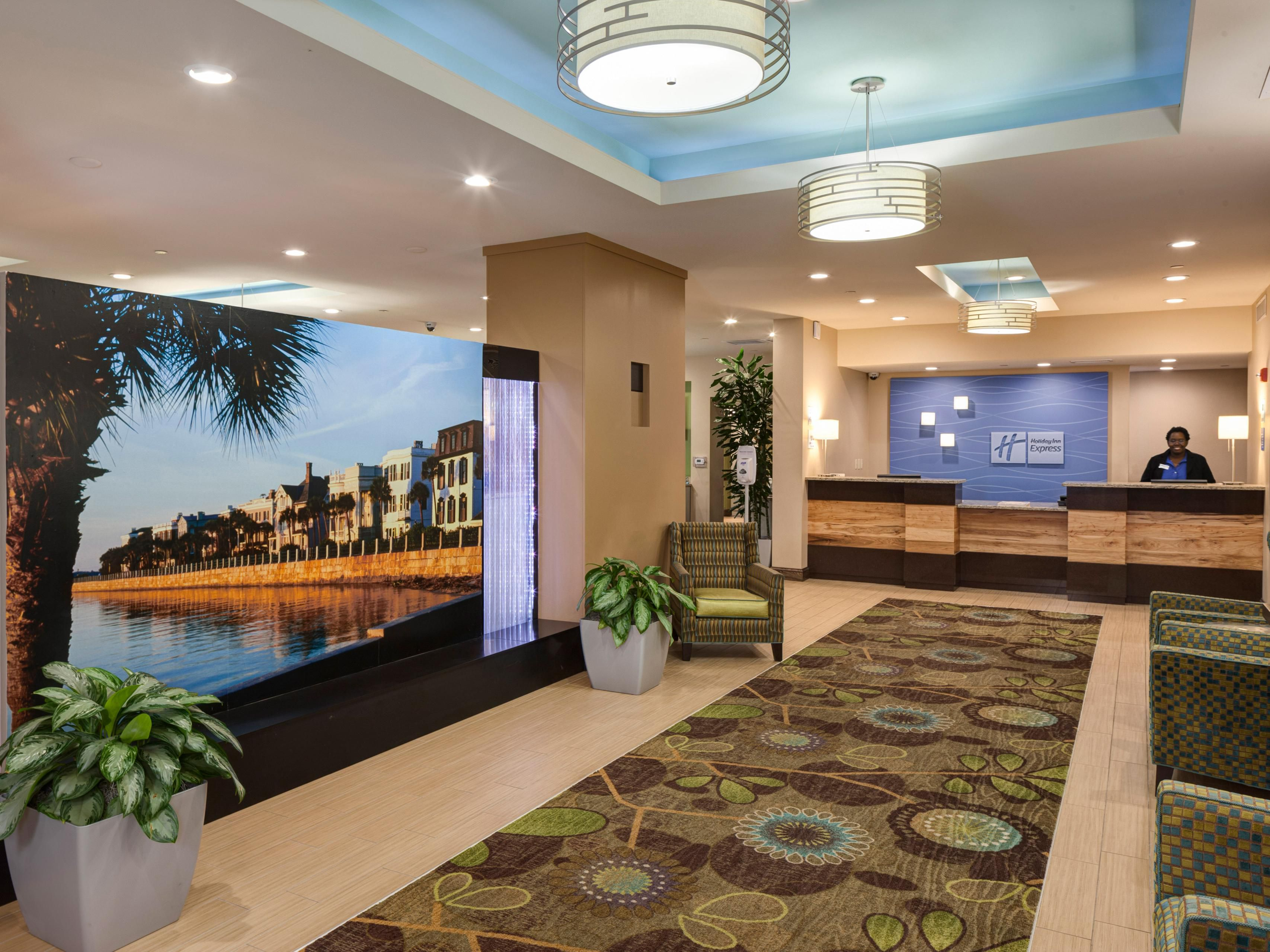 Welcome to Holiday Inn Express Charleston Downtown - Ashley River!