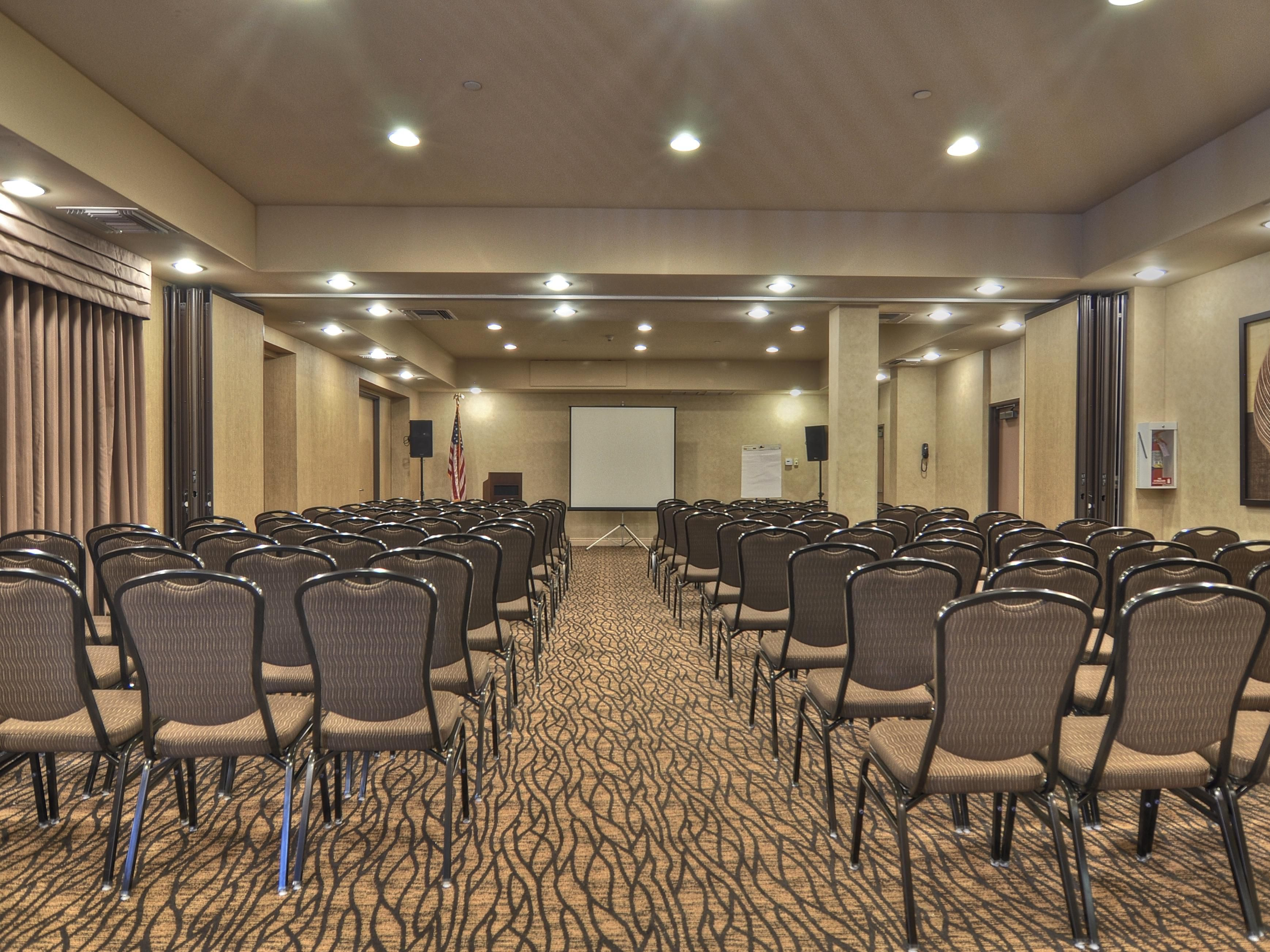 Holiday Inn Express San Diego South-Chula Vista Meeting Room
