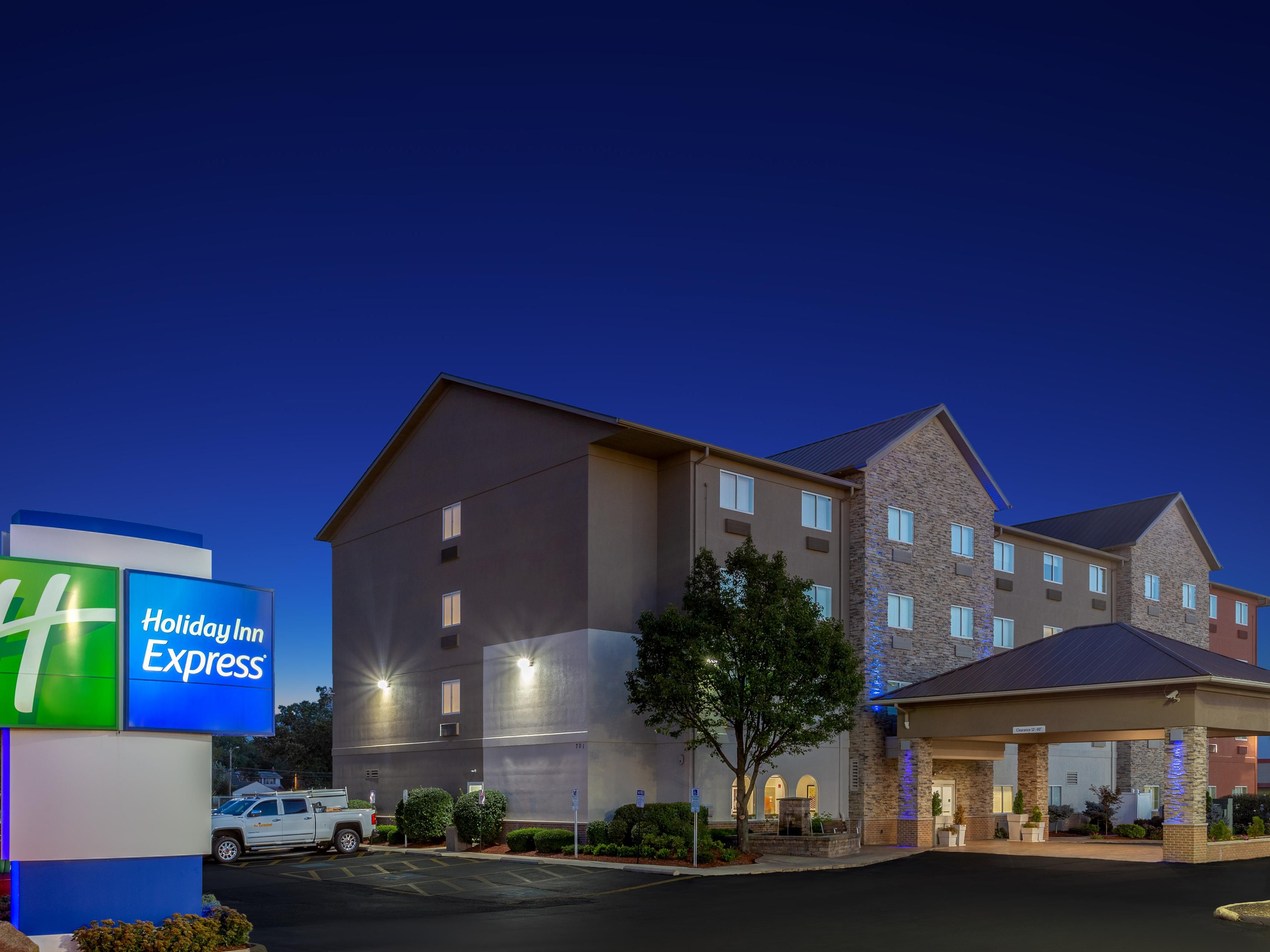 Holiday Inn Express Ex I-71/Oh State Fair/Expo Ctr Hotel in