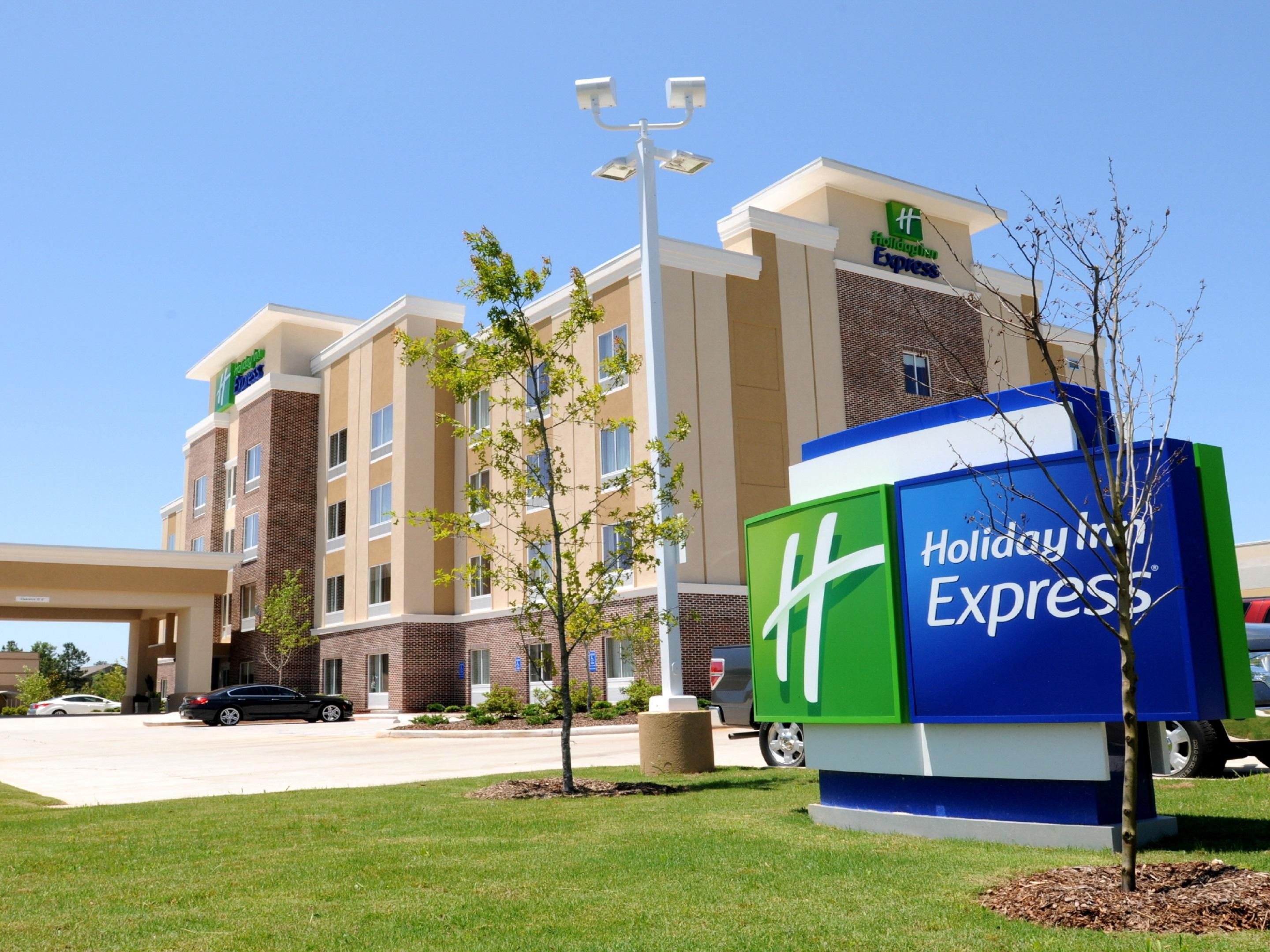 Holiday Inn Express Covington Madisonville Hotel By IHG