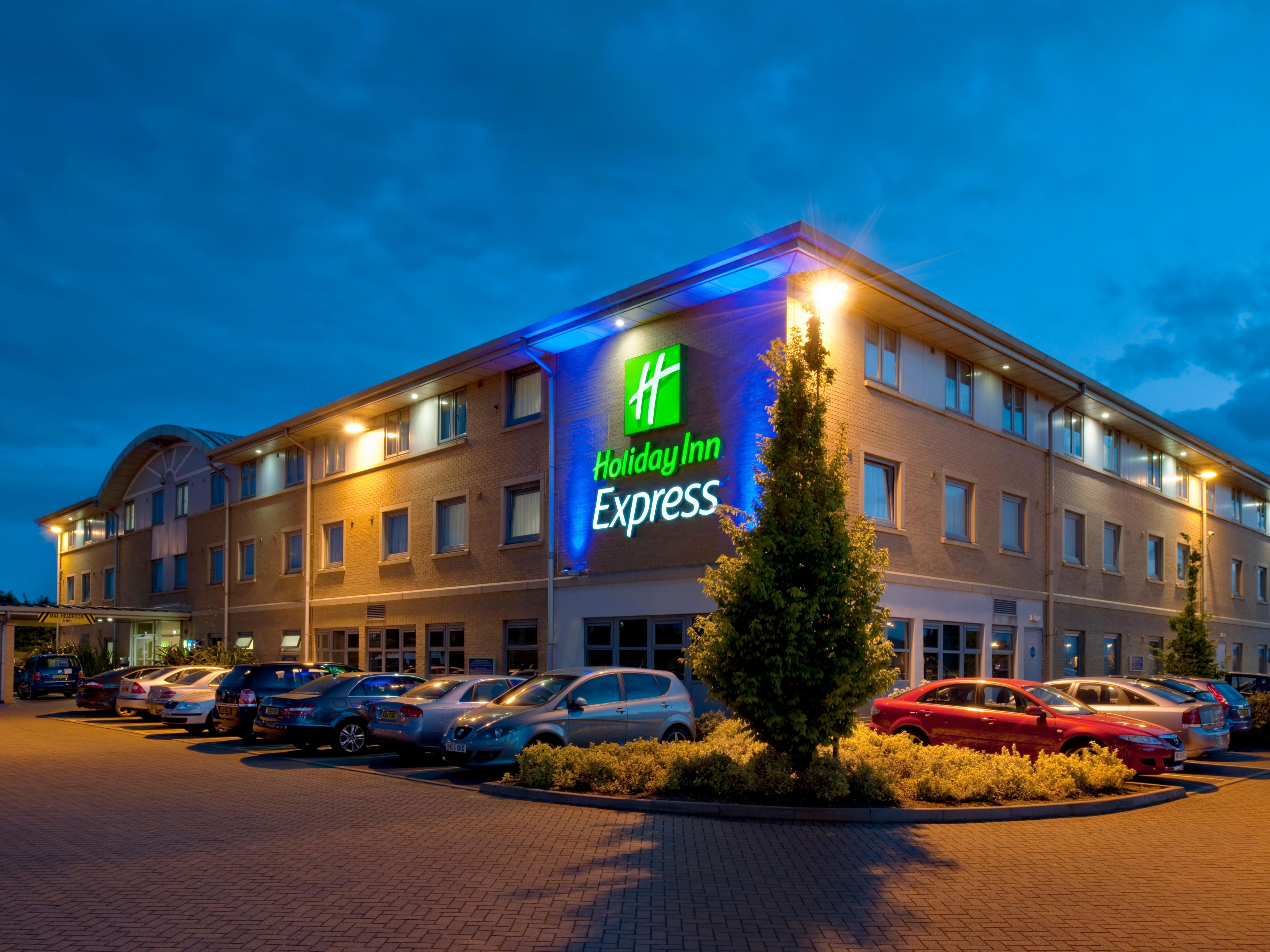 Our hotel at East Midlands Airport is simple and convenient