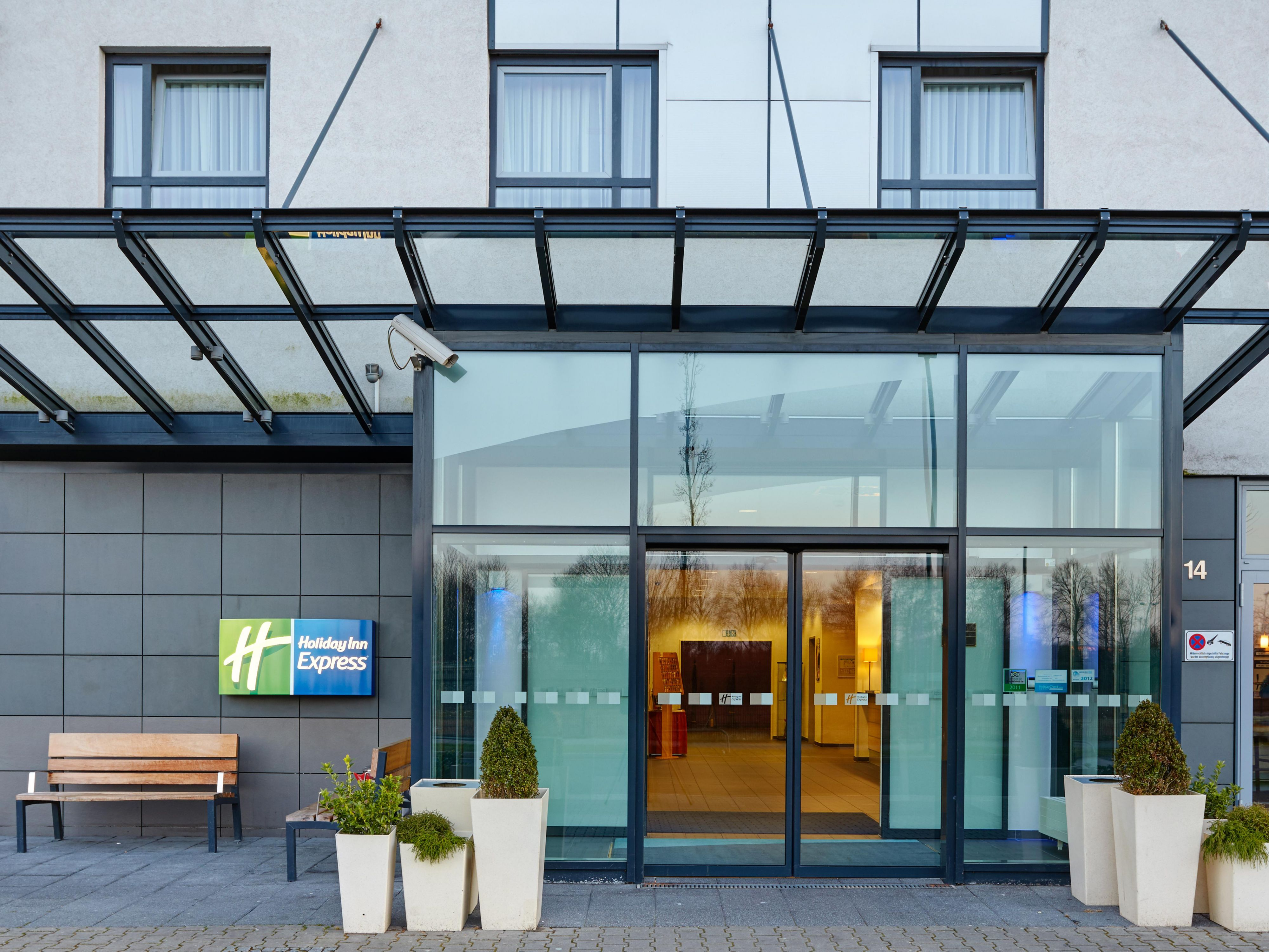 Welcome to Holiday Inn Express Dusseldorf