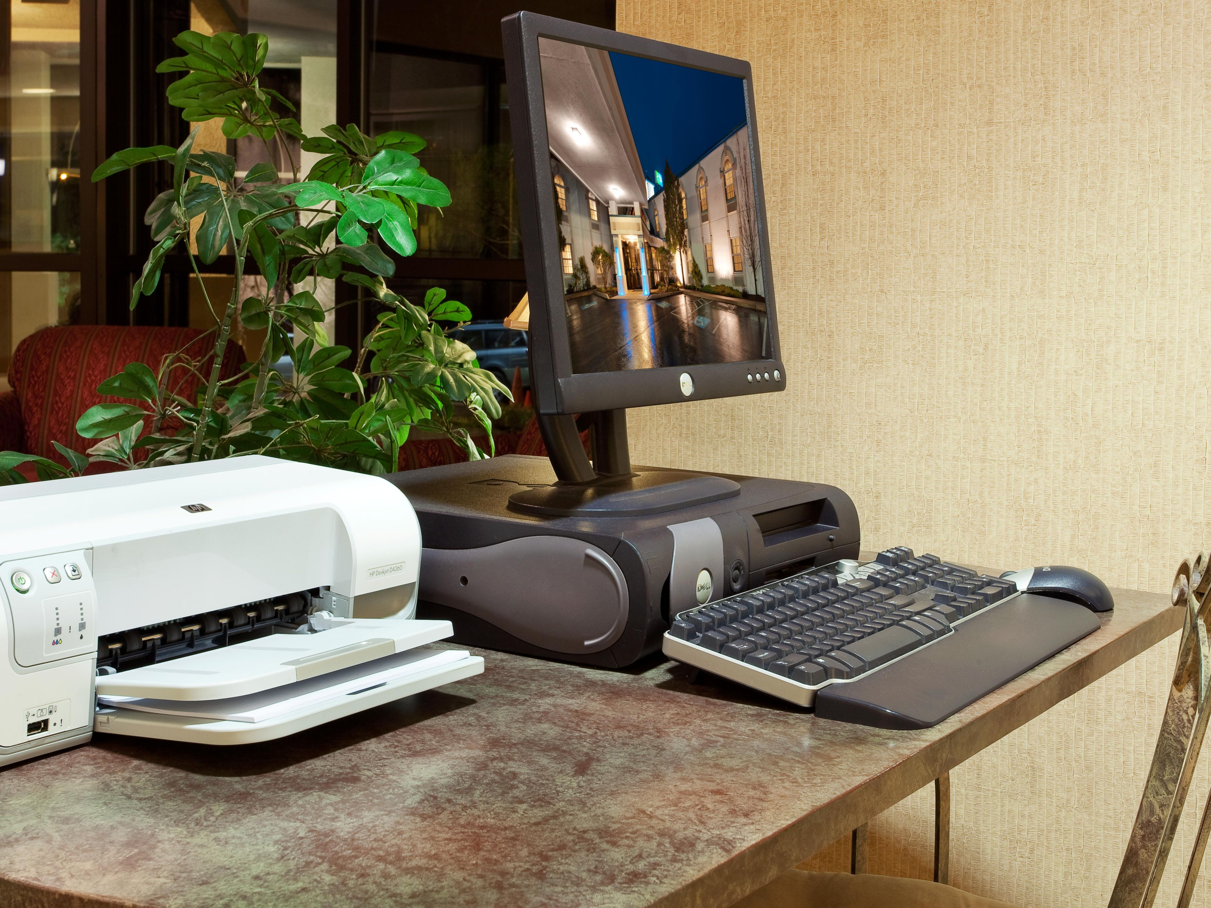 Enjoy free use of a computer and printer in our lobby!
