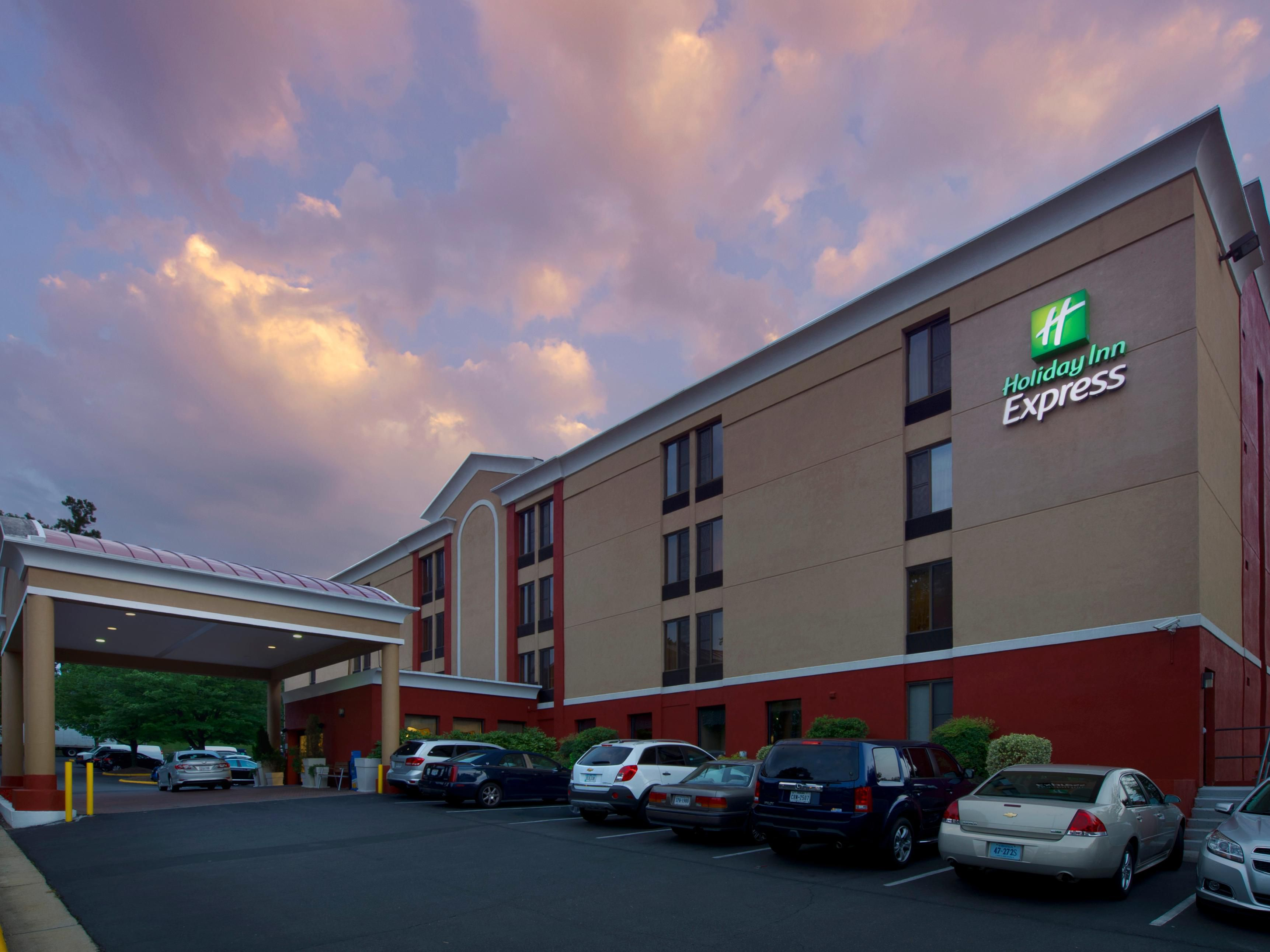 Welcome to the Holiday Inn Express Fairfax