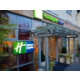 Step in and enjoy the Holiday Inn Express experience