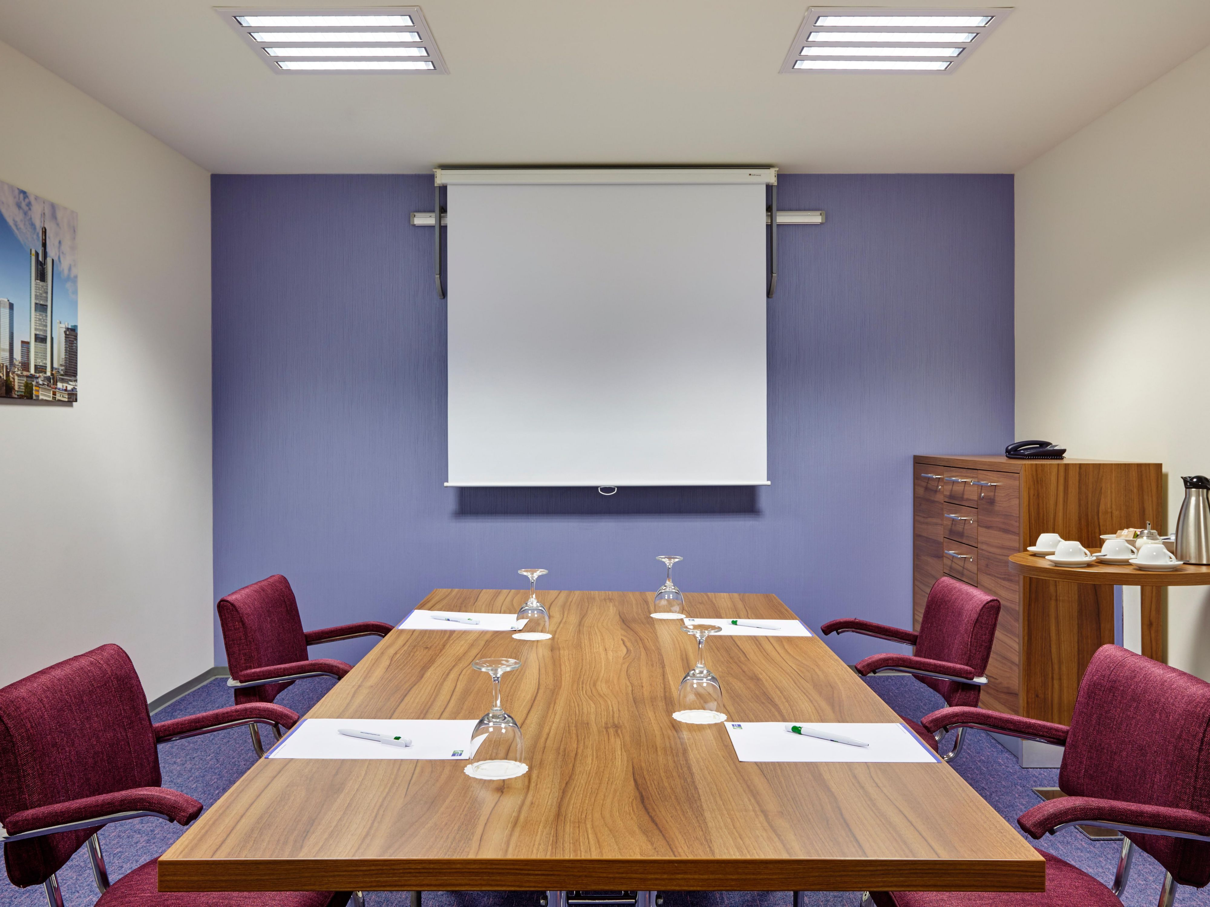Book our Conference Room for your business meeting