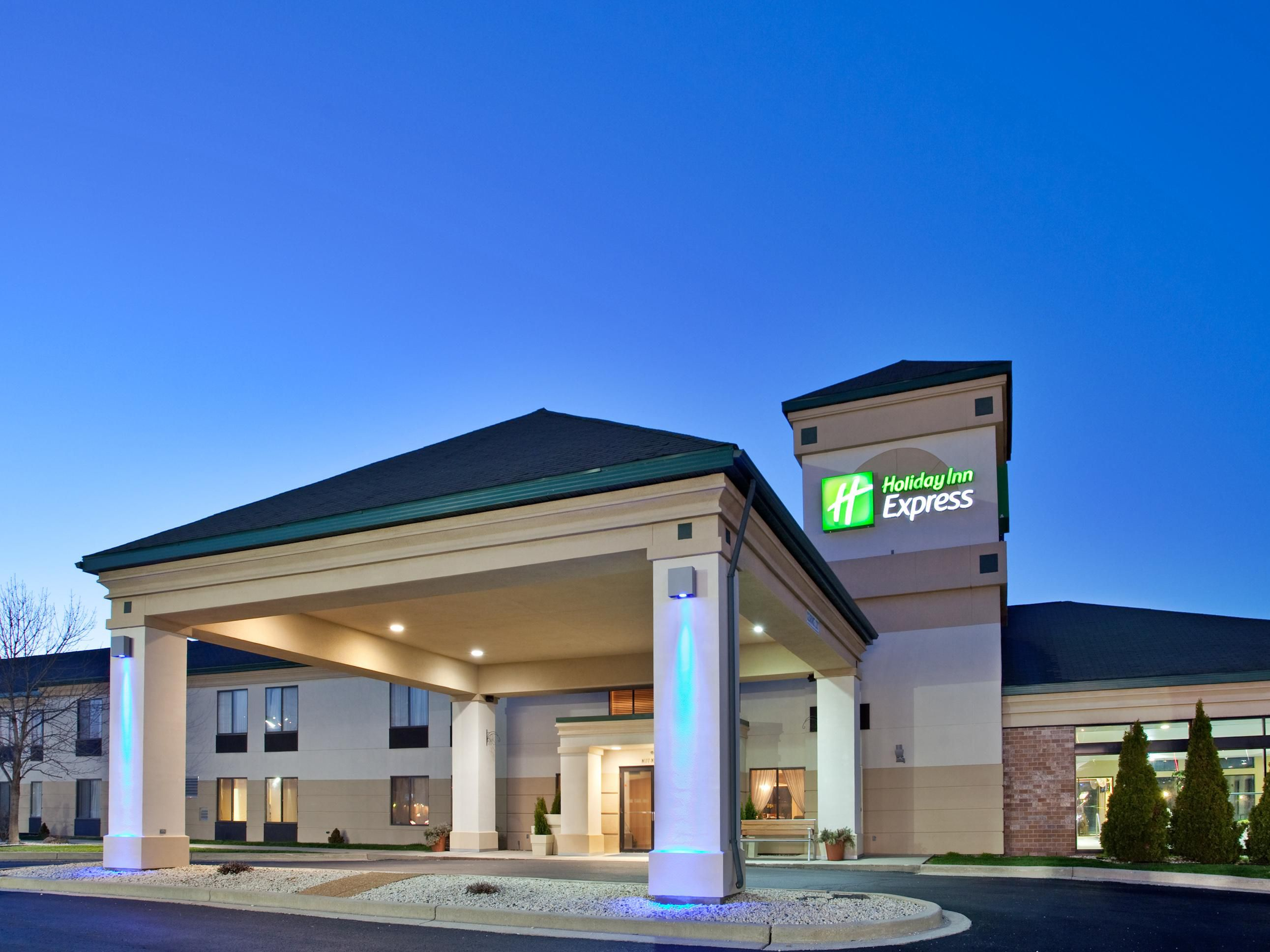Holiday Inn Express Germantown (Nw Milwaukee)