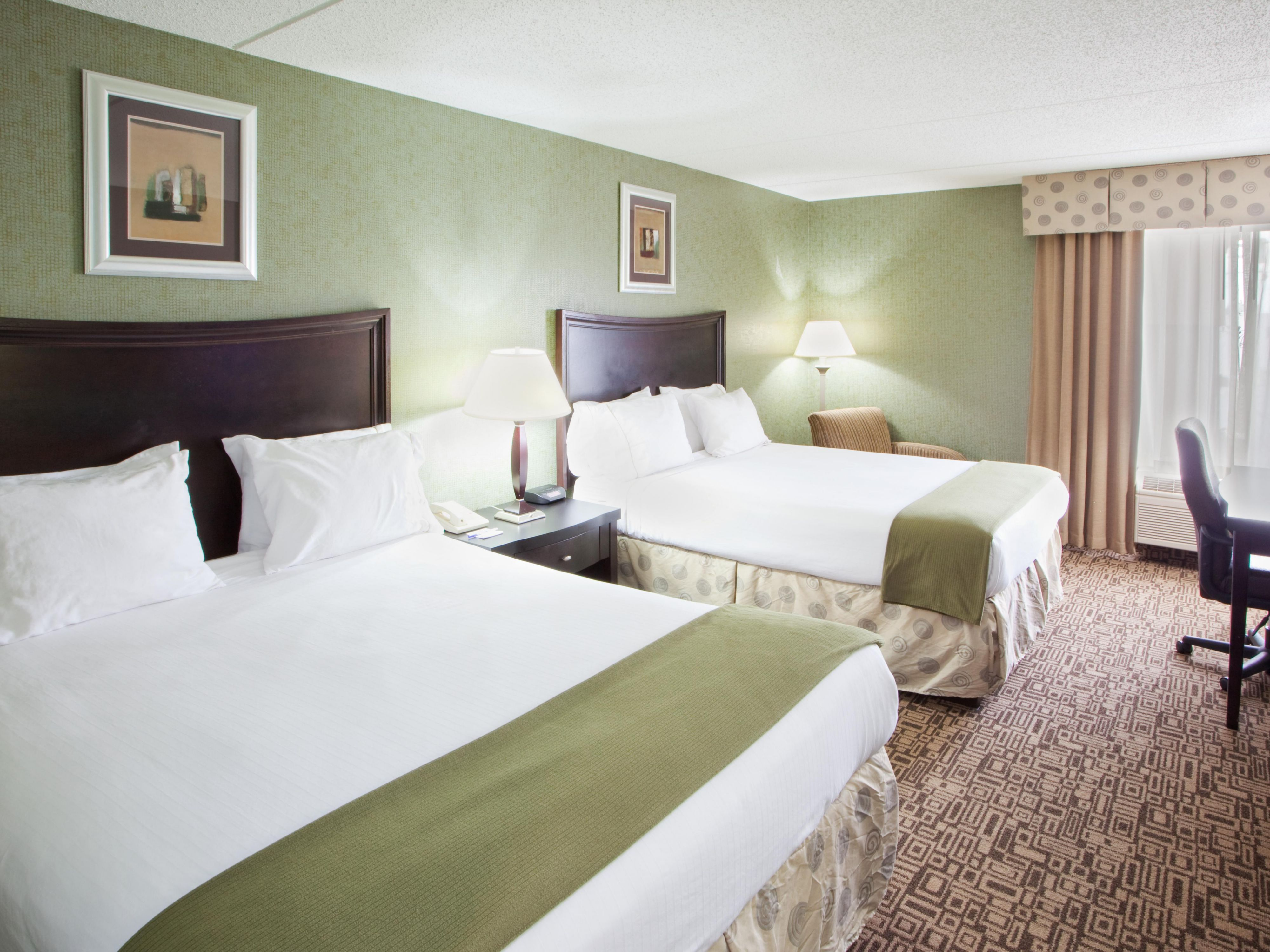 Enjoy our flat screens, free wifi, and comfortable 2 queen beds!