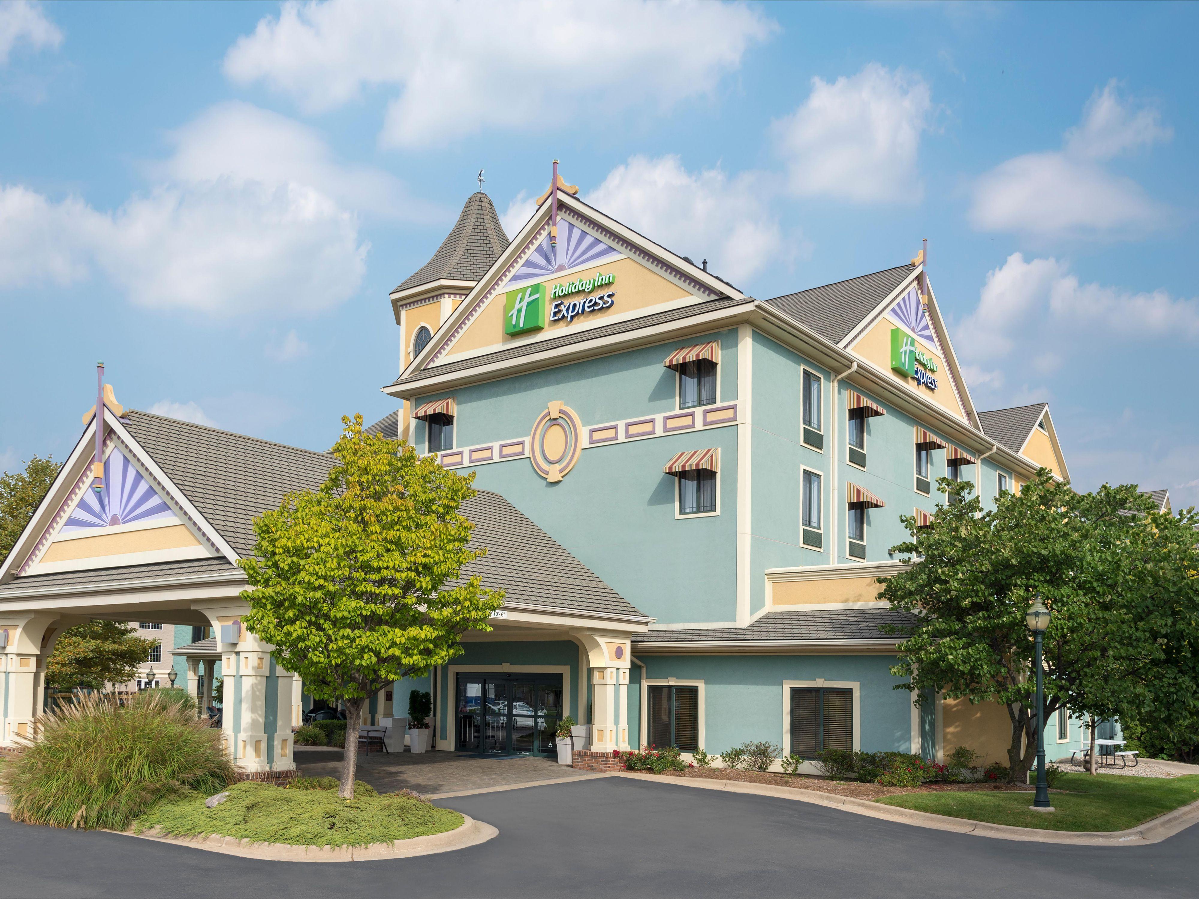 Holiday Inn Express Holland Hotel By Ihg