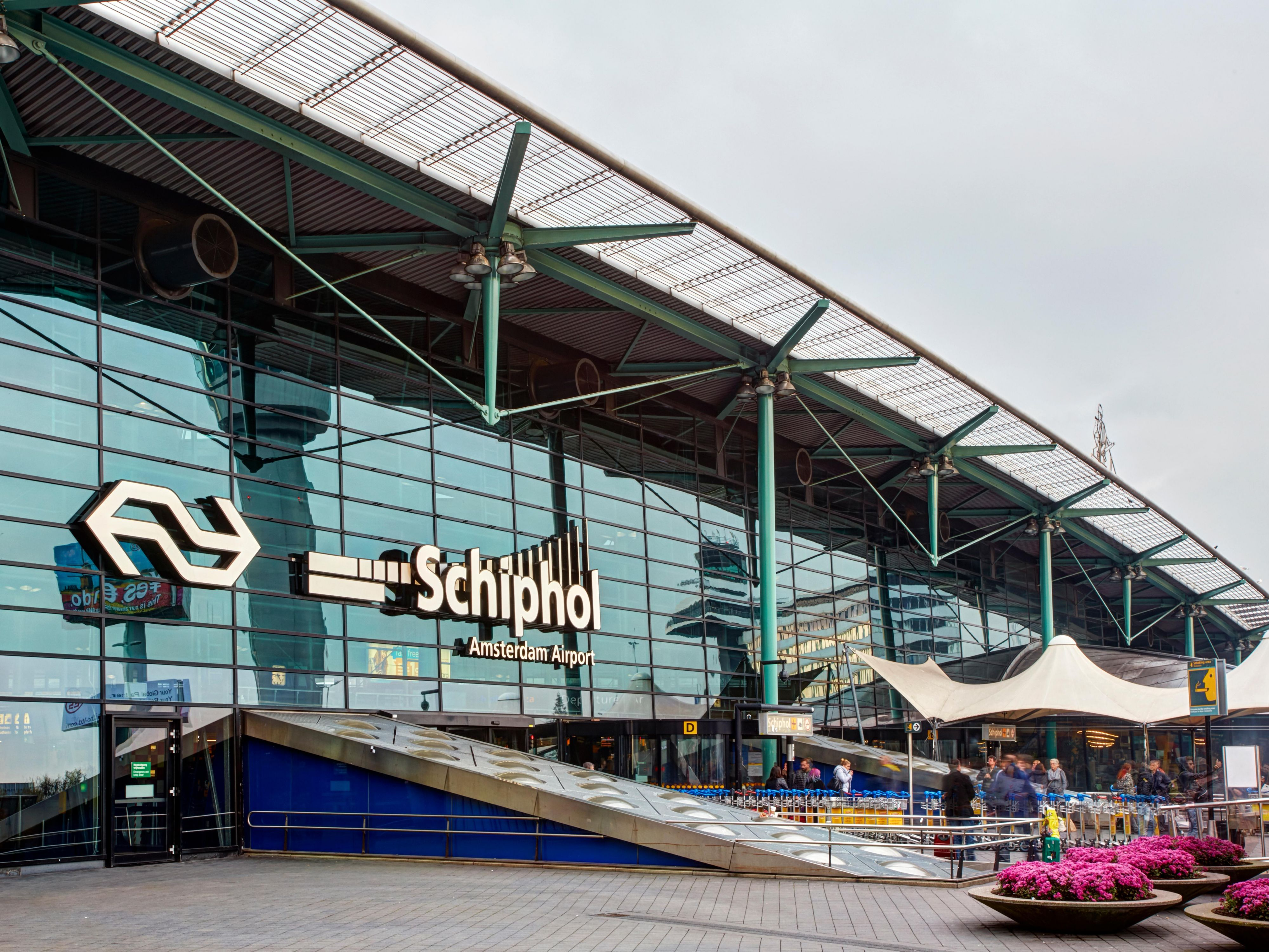Amsterdam Airport Schiphol is just 10 minutes away from us