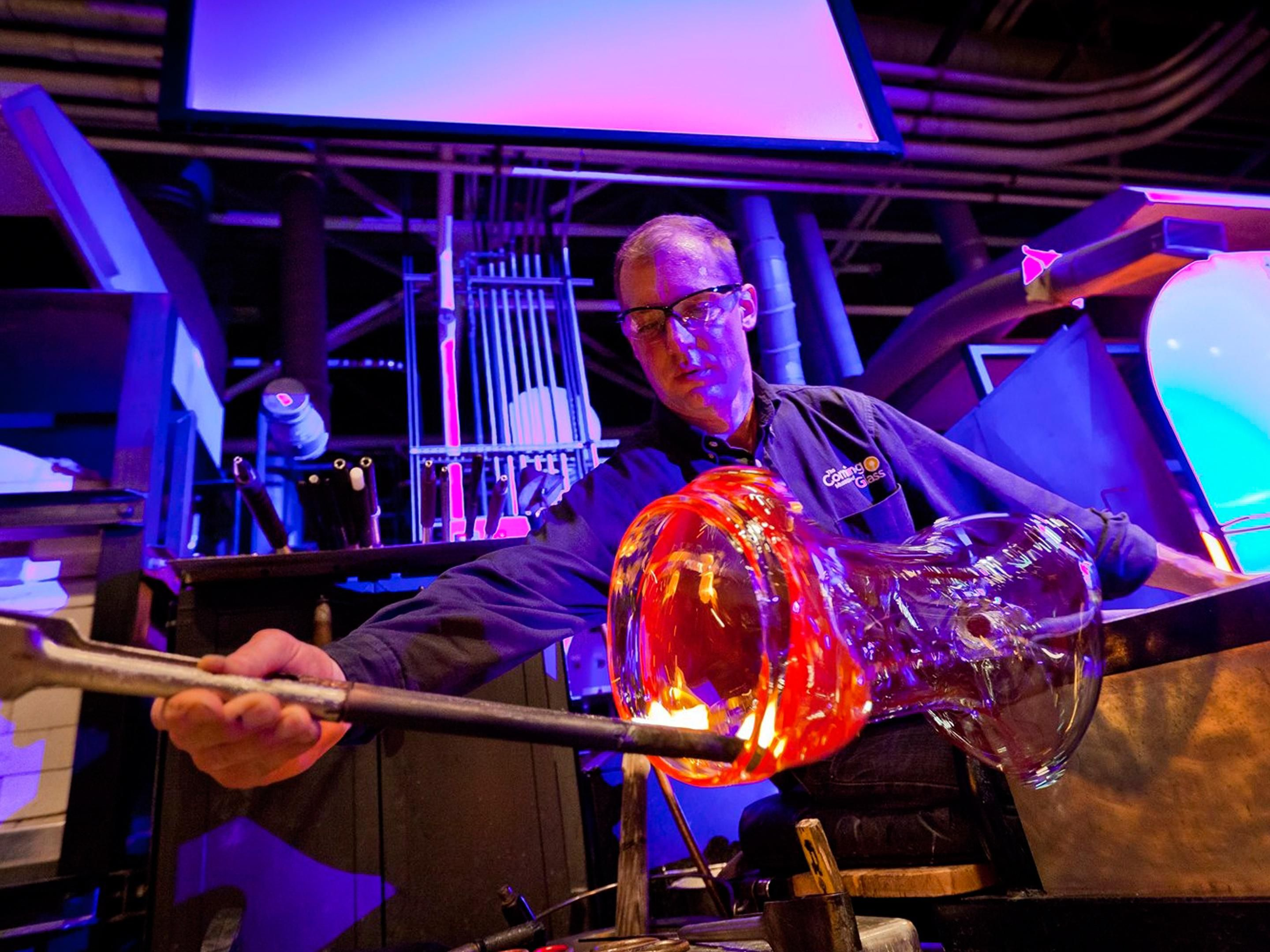 Corning Museum of Glass, Live Glass Blowing Shows