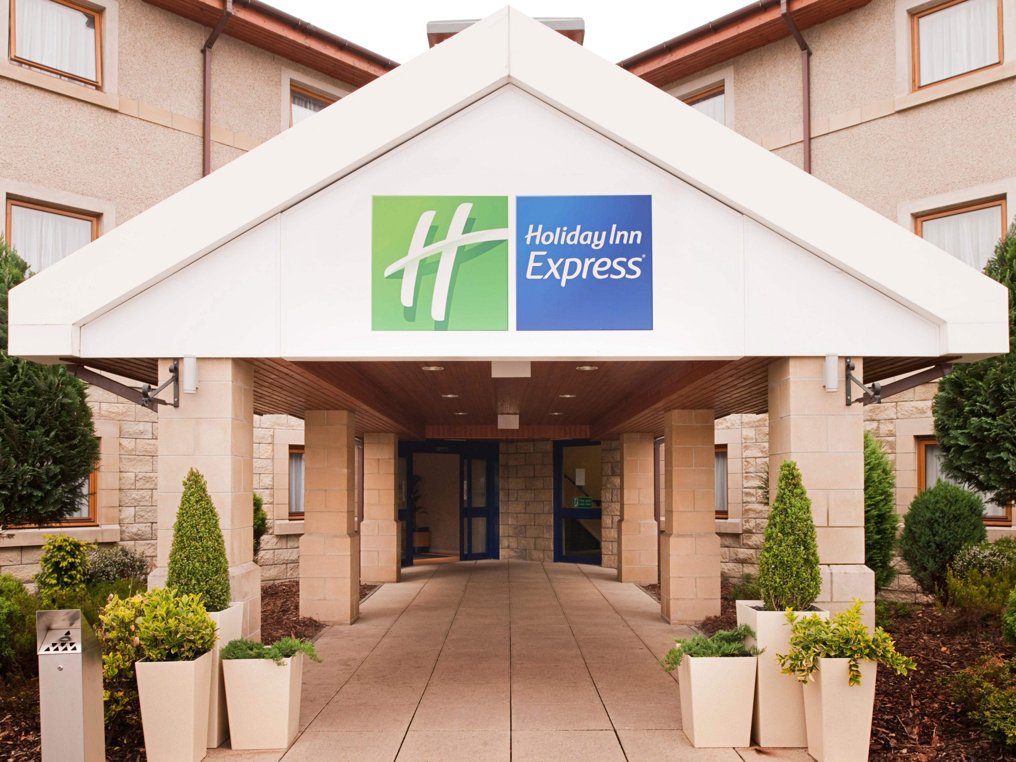 Welcome to the Holiday Inn Express Inverness hotel