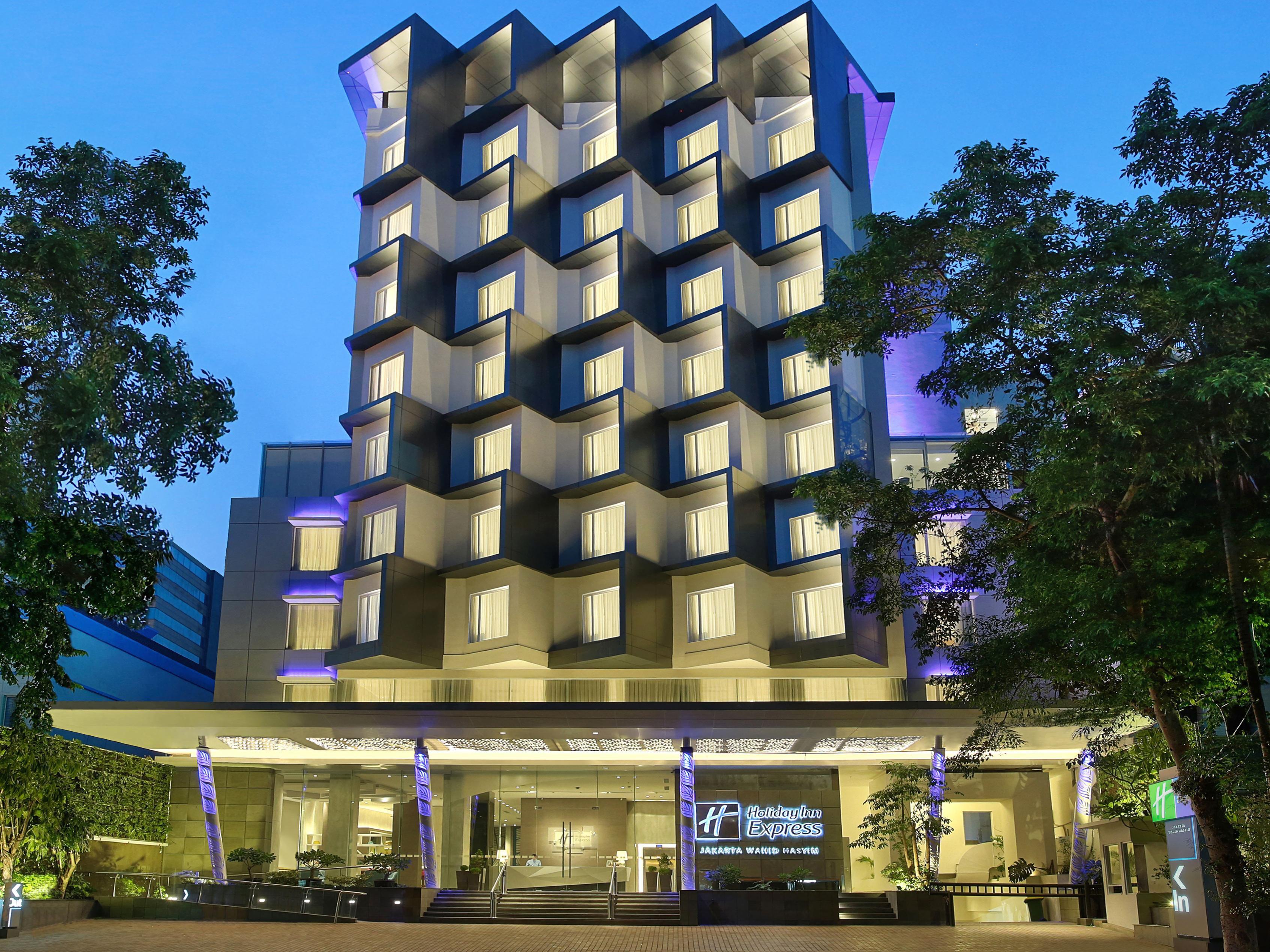 holiday inn express jakarta wahid hasyim hotel by ihg rh ihg com