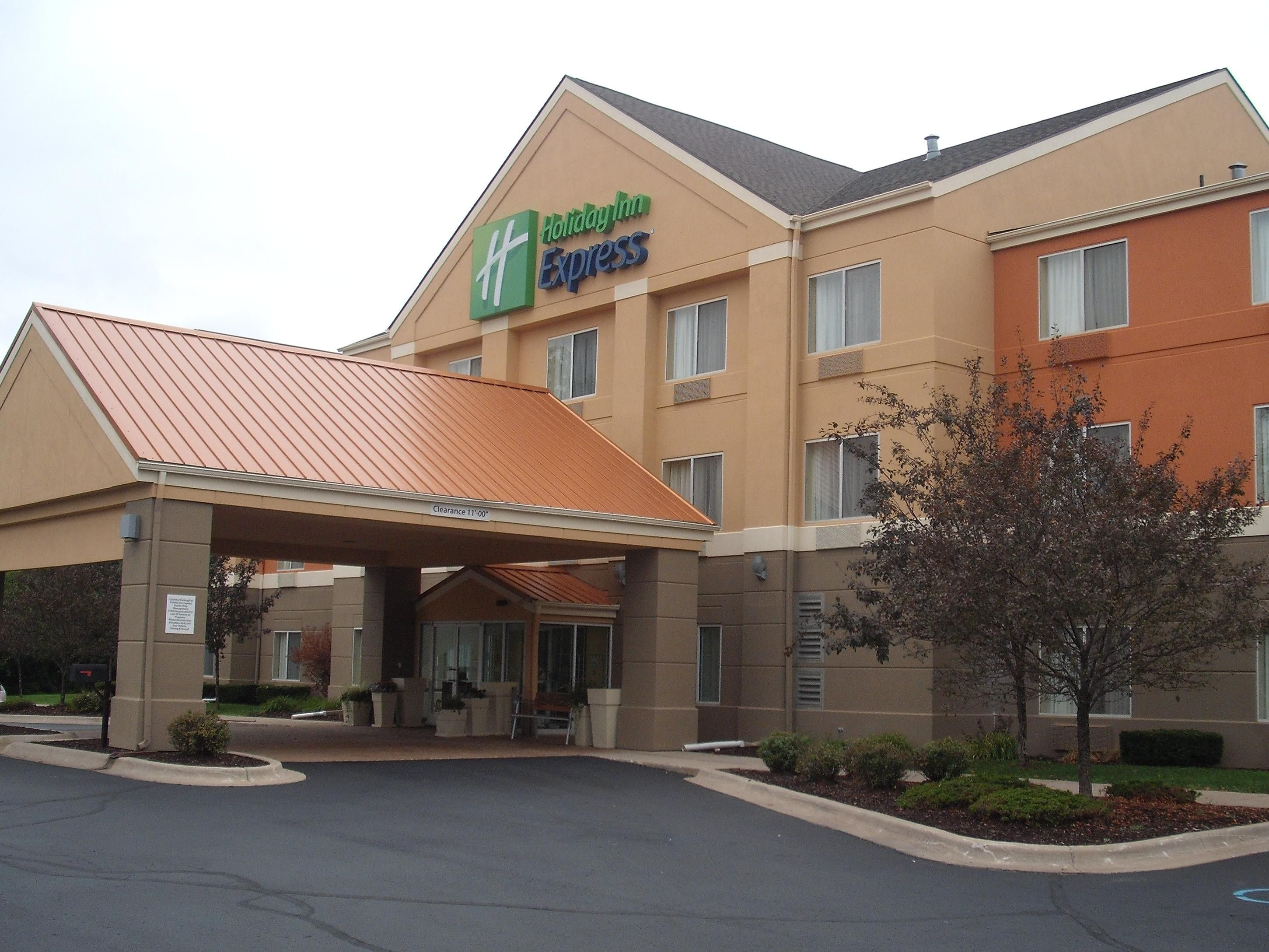 Welcome to the Brand New Holiday Inn Express Lapeer Flint