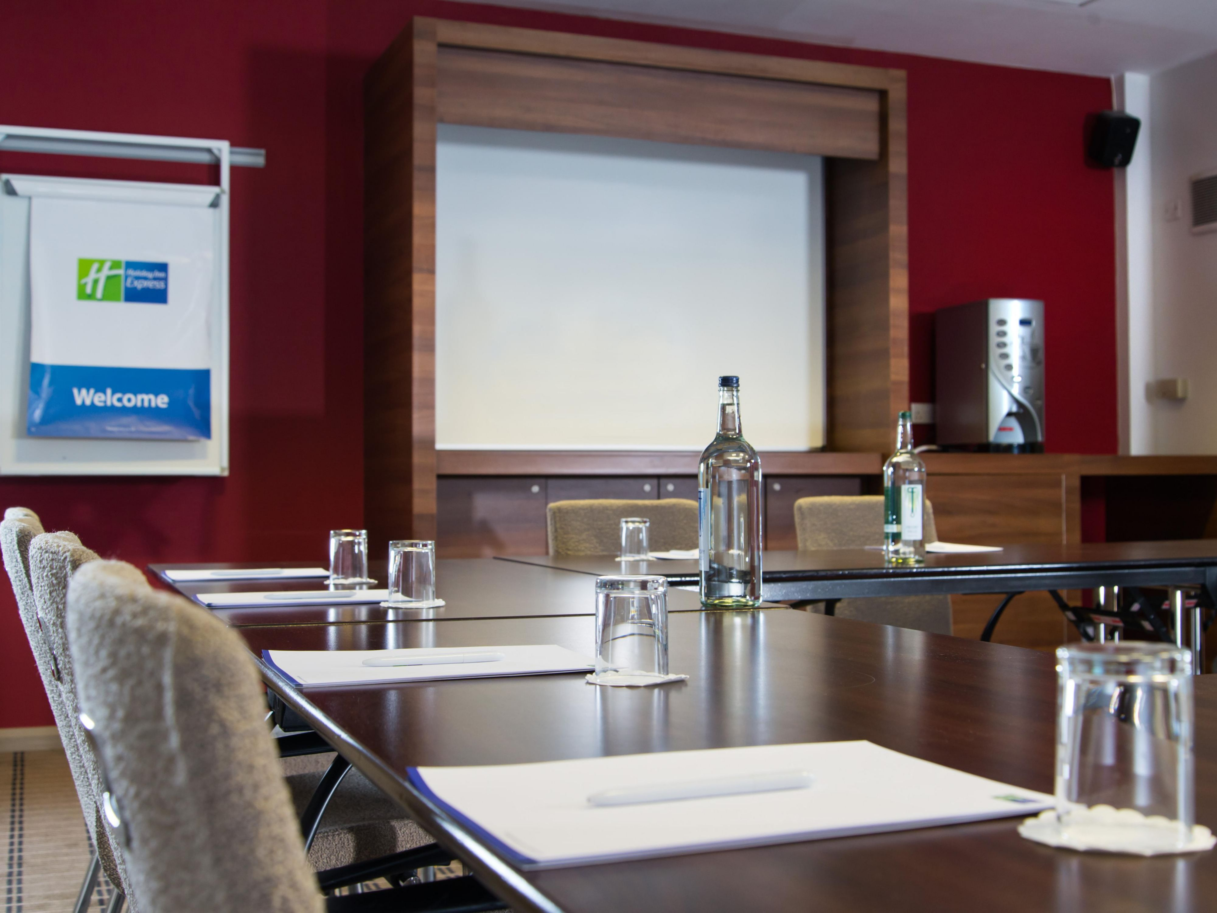 Holding a meeting in Leeds? Call us for great value delegate rates