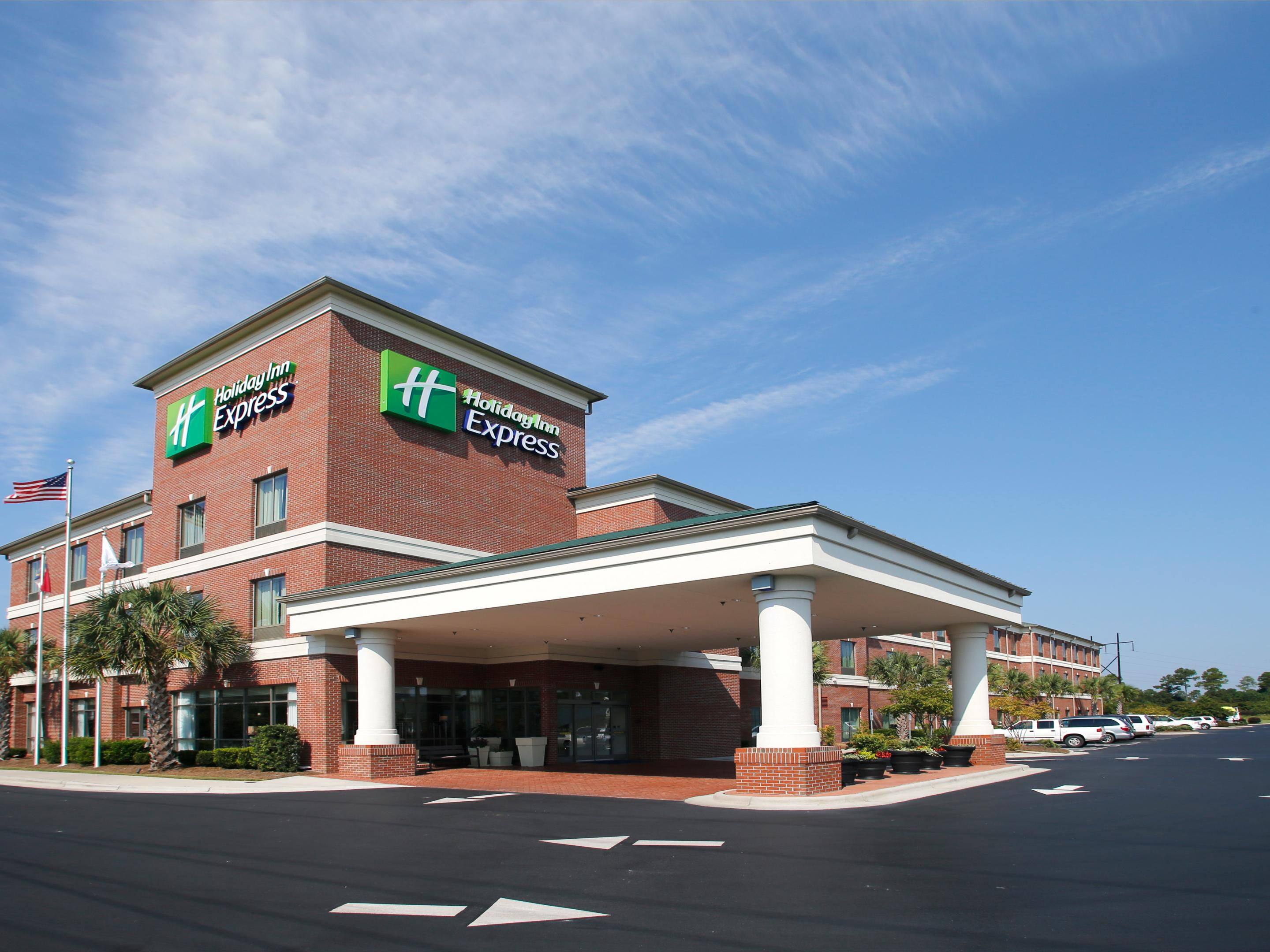 Holiday Inn Express Leland-Wilmington Area Entrance